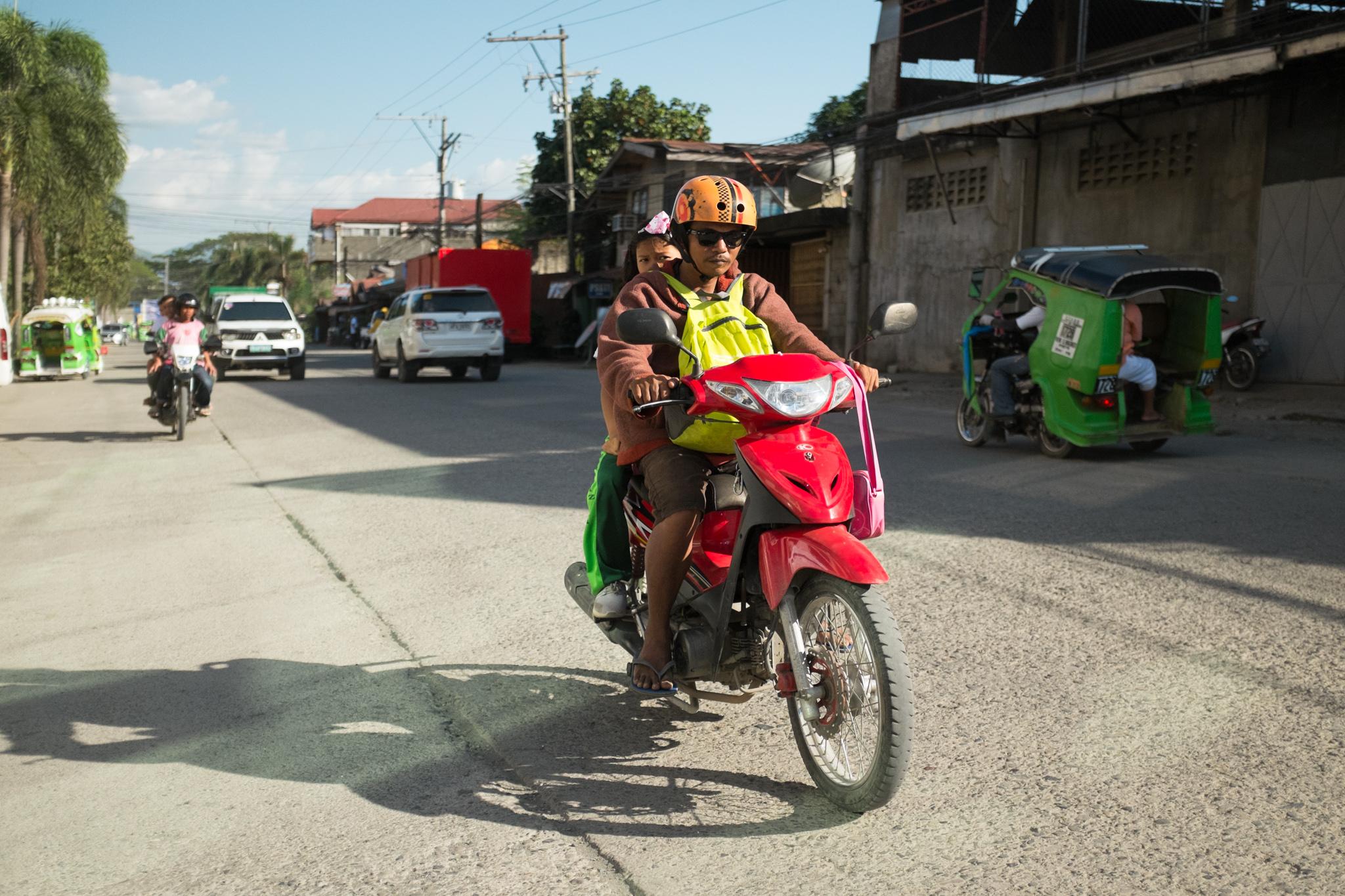 3090-philippines_scooter-biking.jpg