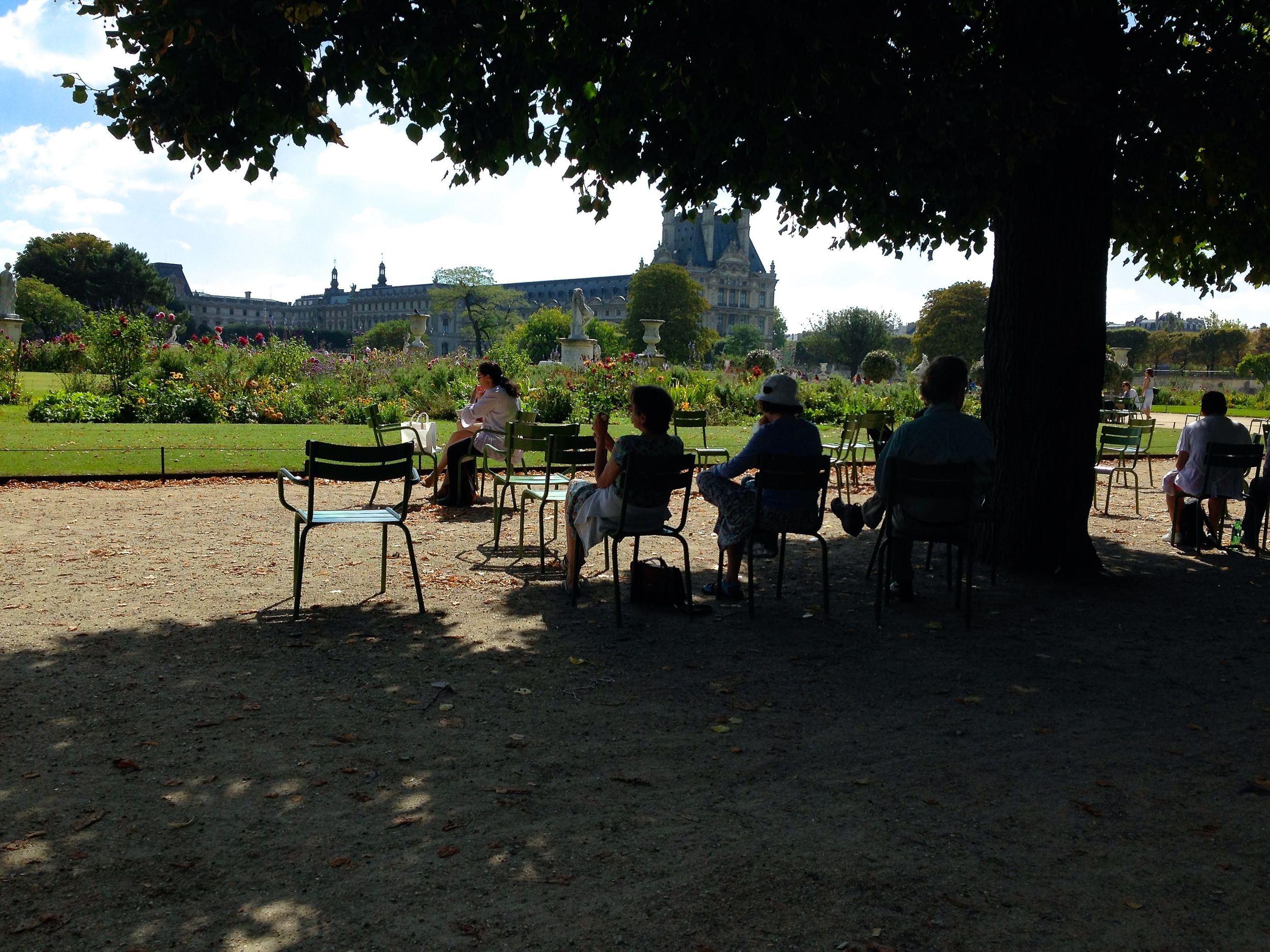 Paris-gardens.jpg