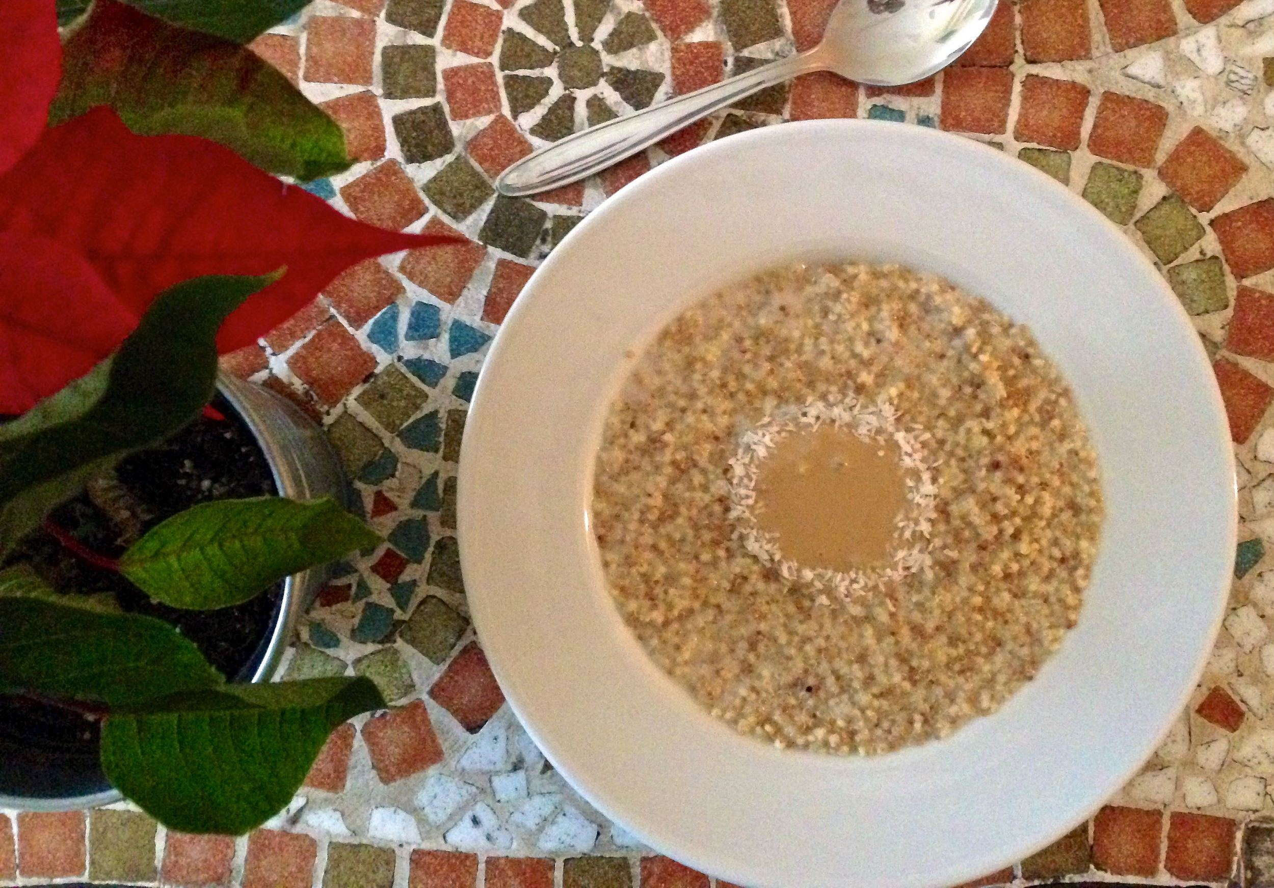 Coconut-porridge-with-quinoa-and-millet