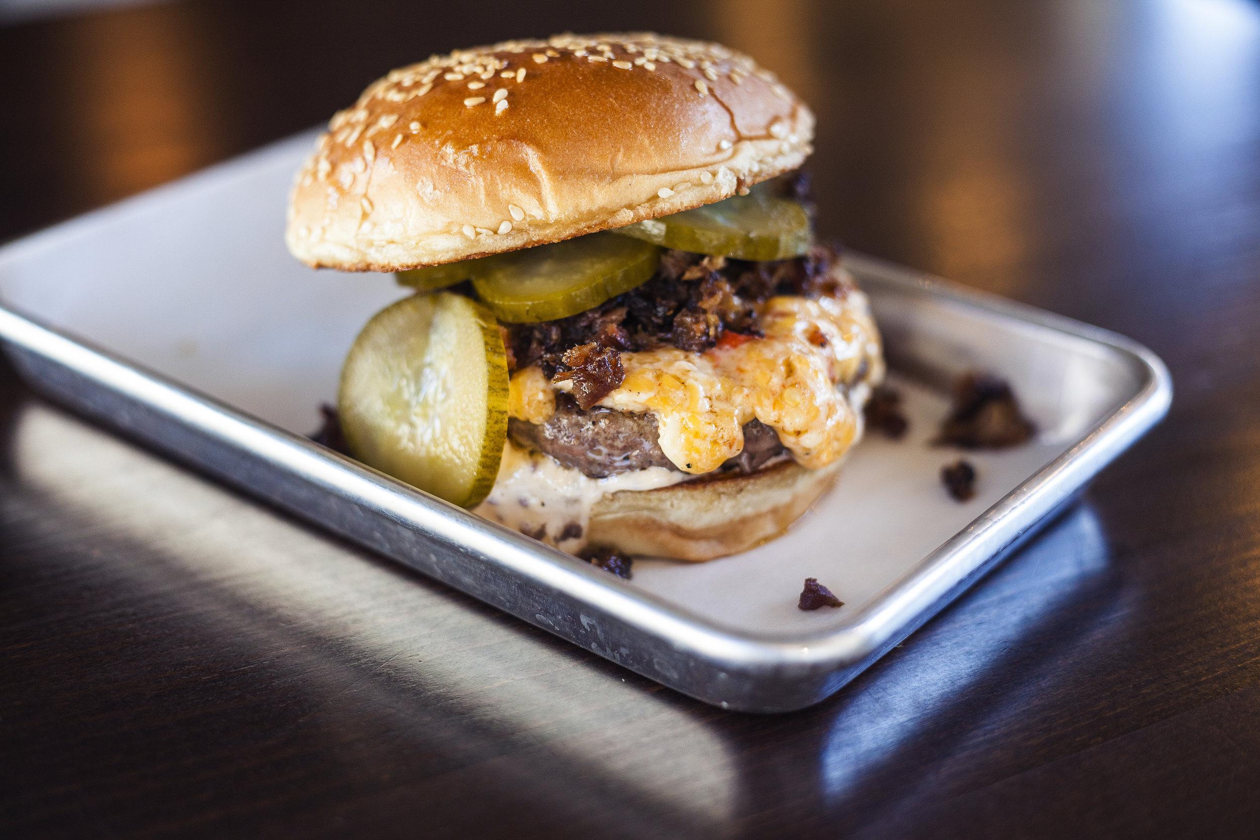 hamburger with pickles