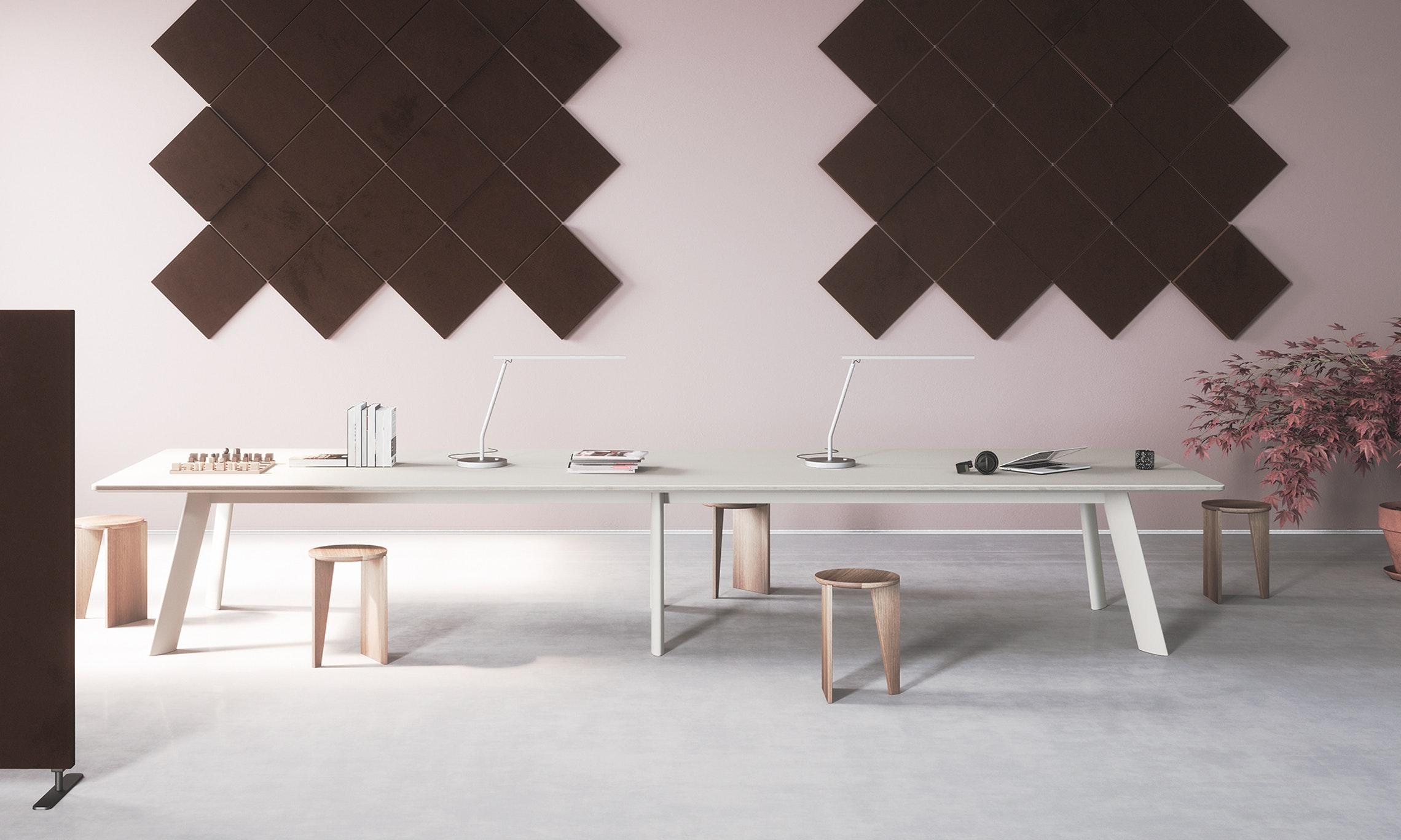 jetty-table-abstracta17.jpg