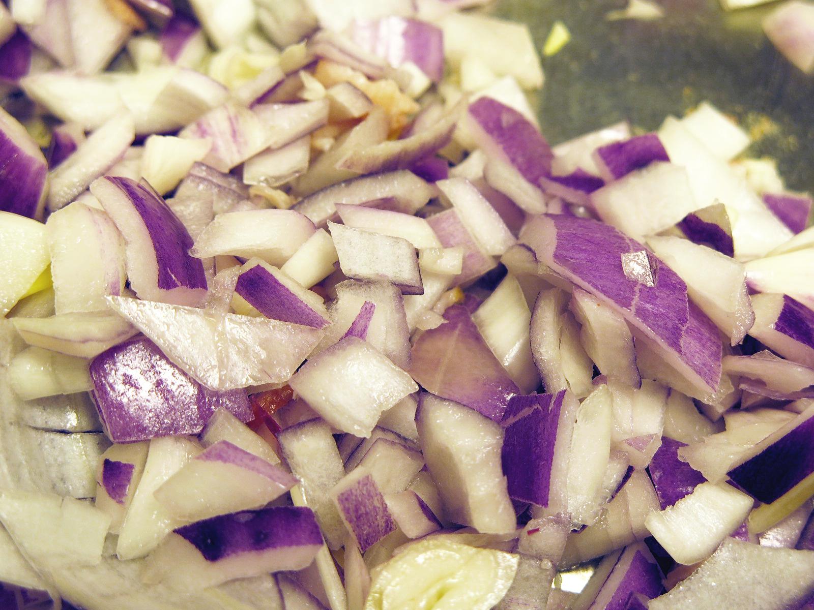 IMG_2410_edit_onions chopped.jpg