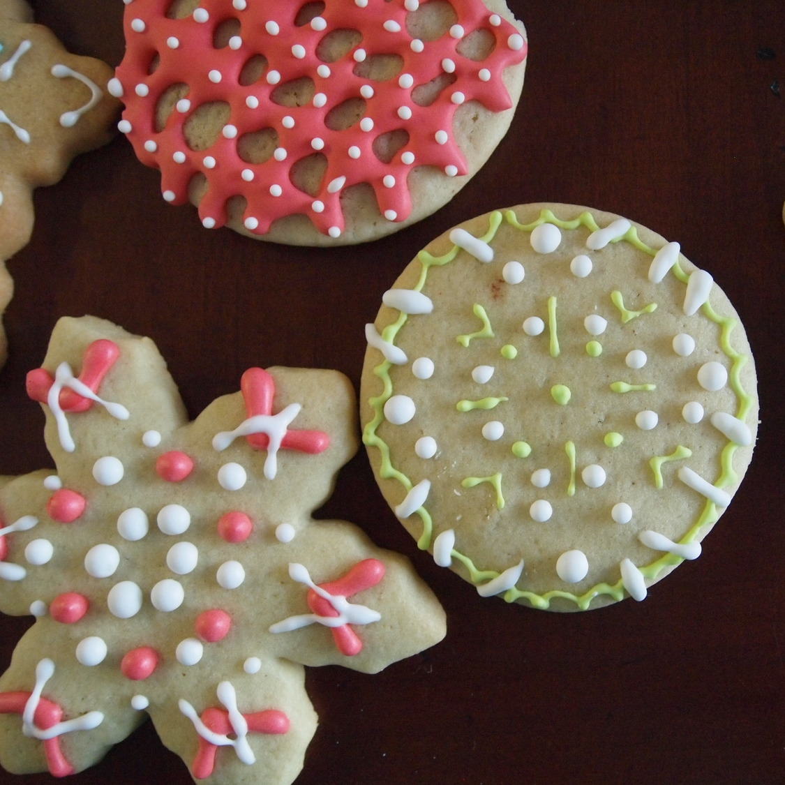 Four Secrets to Decorating sugar Cookies that Will Surely Impress Your Guests