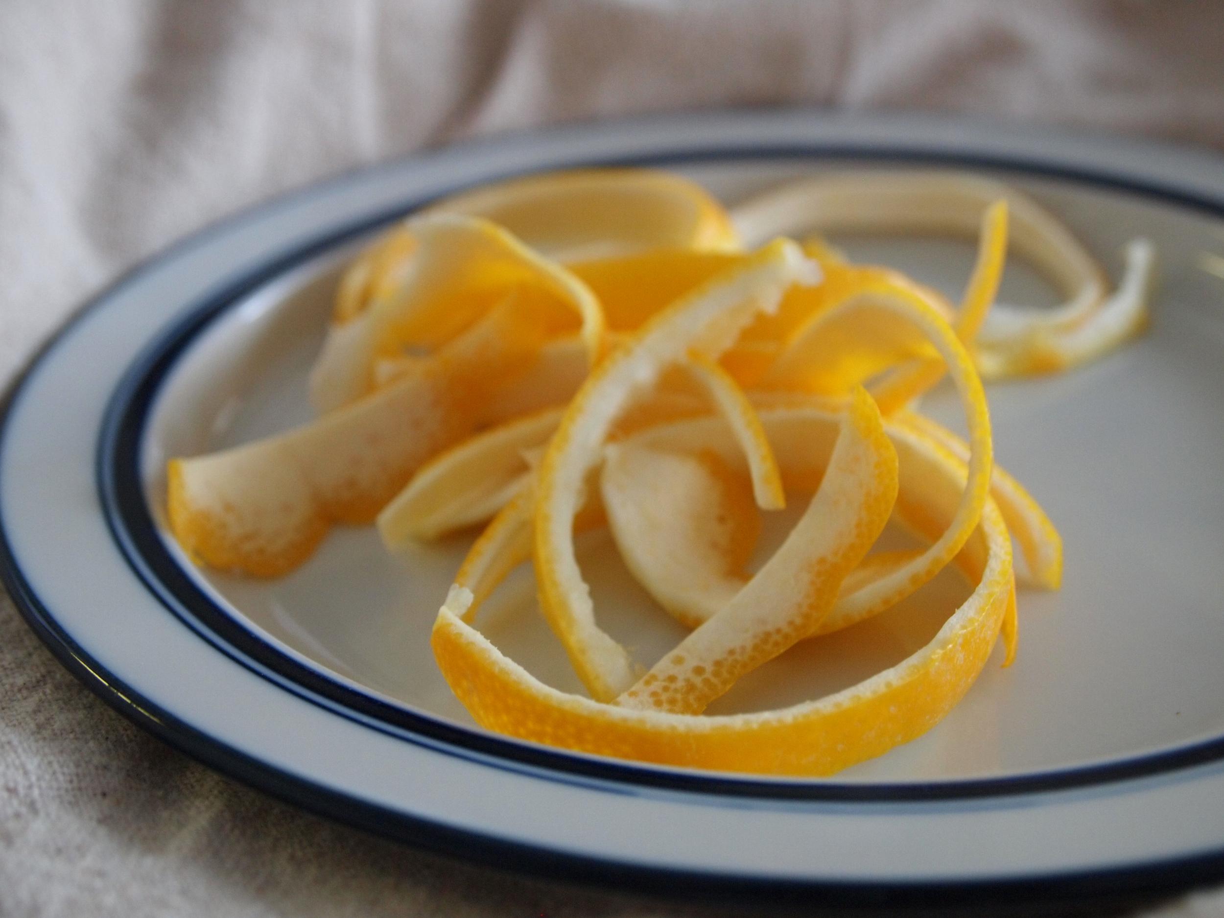candied meyer lemon peel_peel method 1_snips entwined.jpg