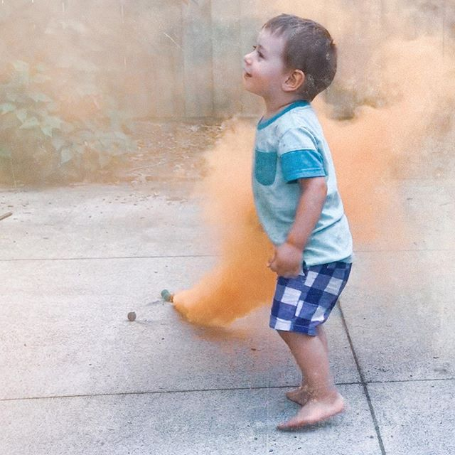 A little smoke bomb fun #4thofjuly #dontshowmyparents I come from a #nofireworkshousehold