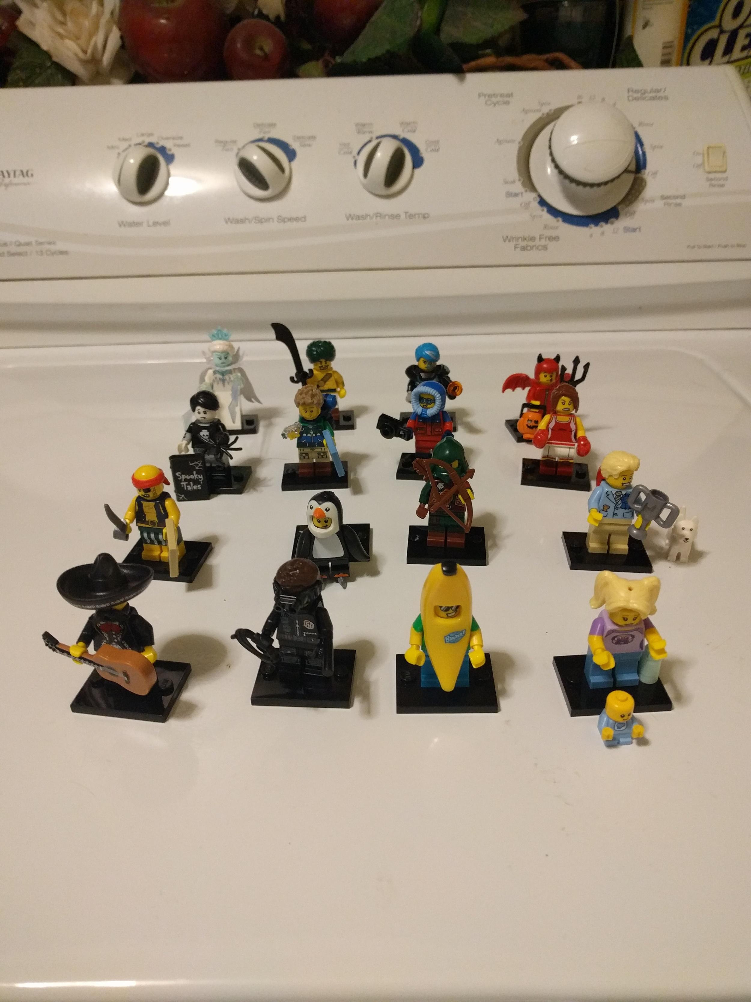 LEGO 71013 Minifigure Series 16