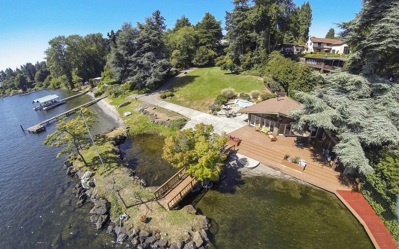 Lakefront+Aerial23.jpg