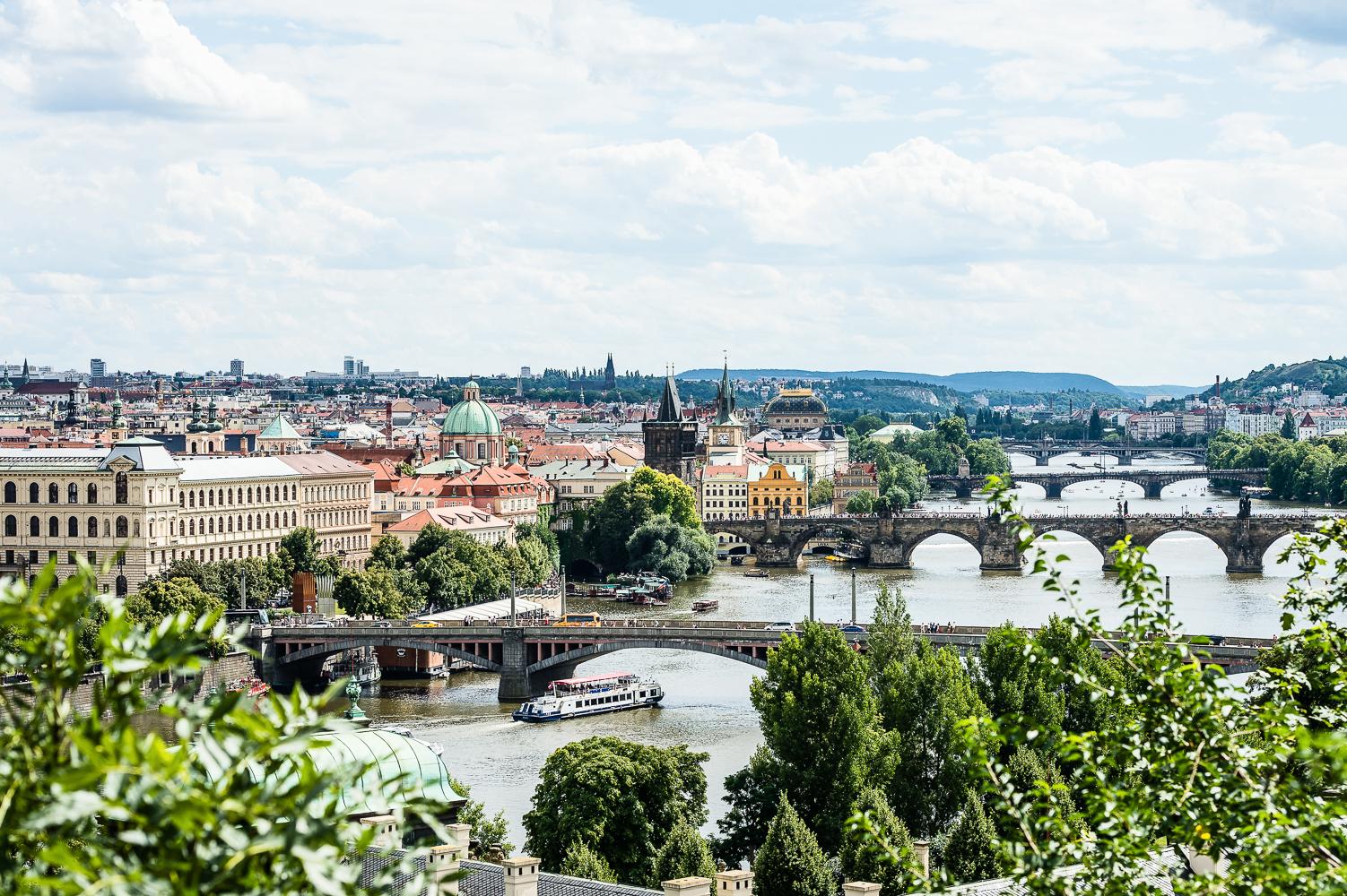 PragueWeb-02.jpg