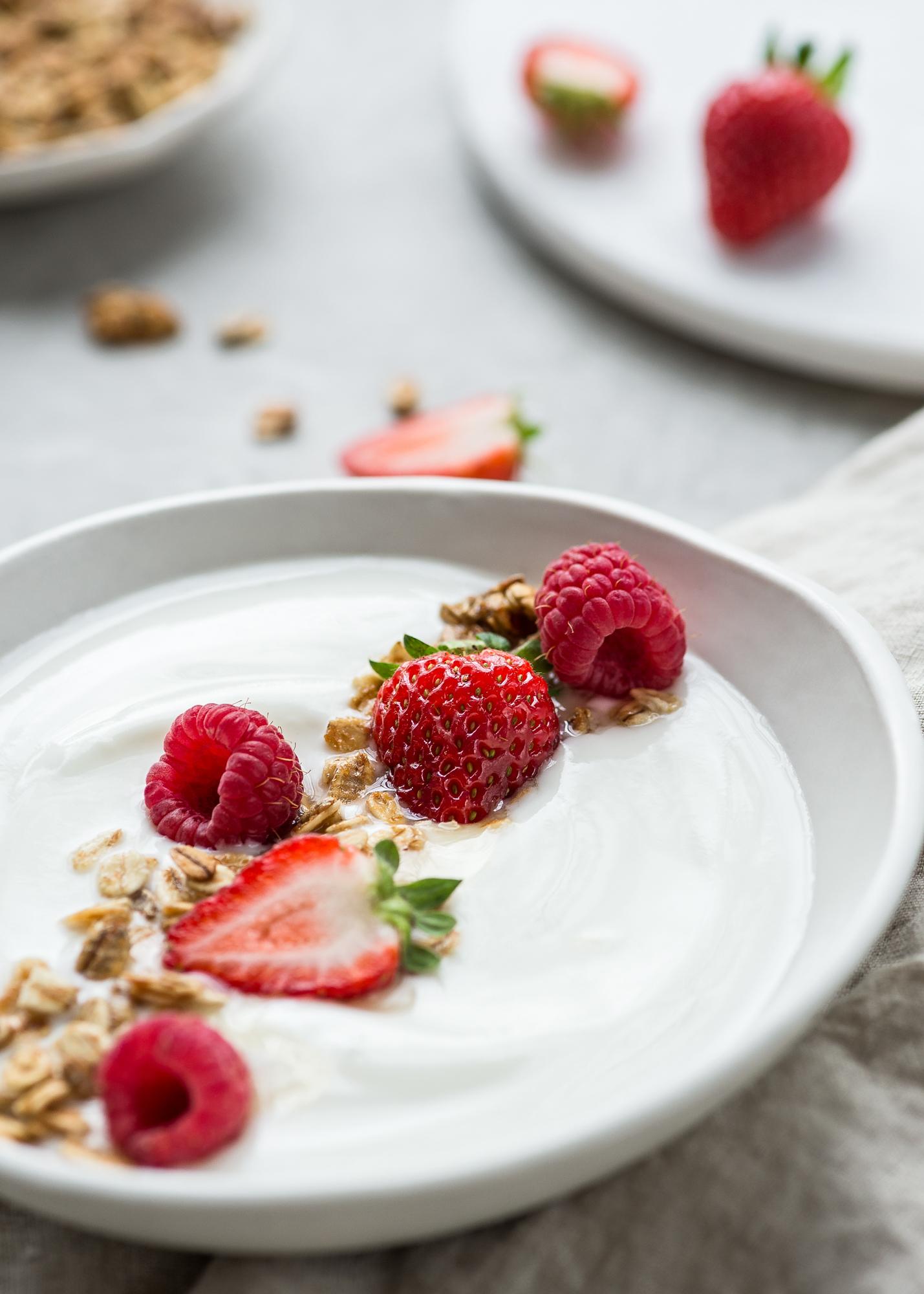 Yogurt_Parfait-Jany_Tremblay-2.jpg