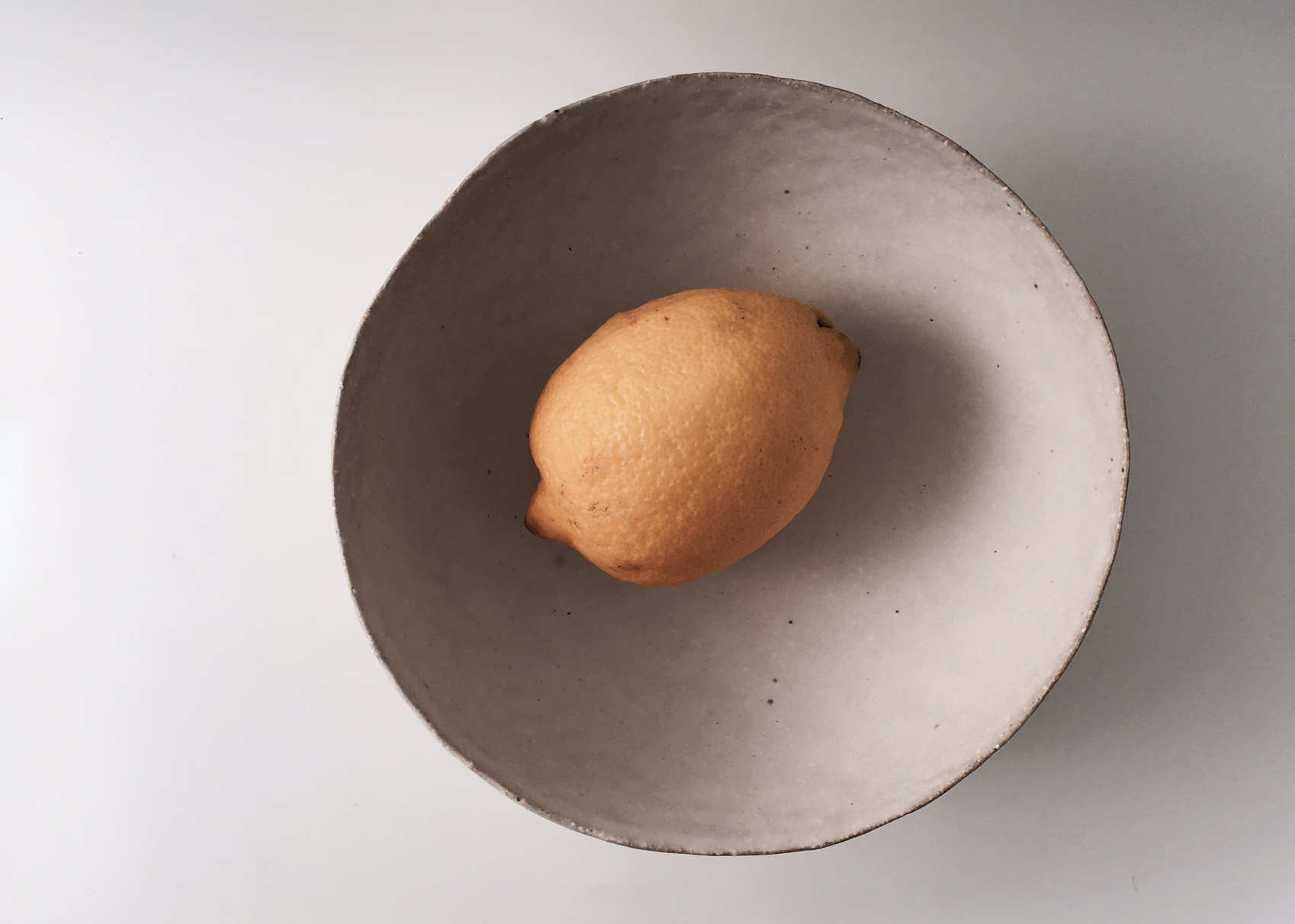 N_pinched fruit bowl_flat.jpg