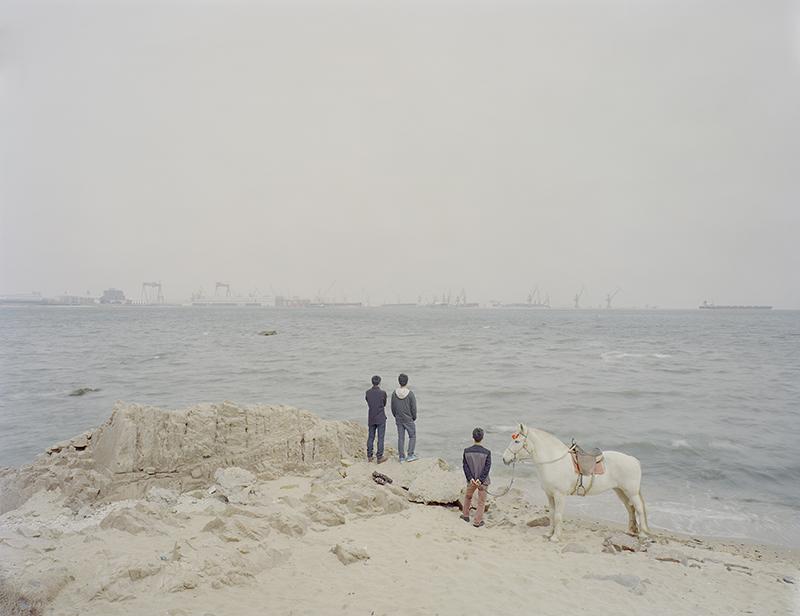 Seaside, 106  x 84  cm / 136  x 110  cm / 165  x 134  cm