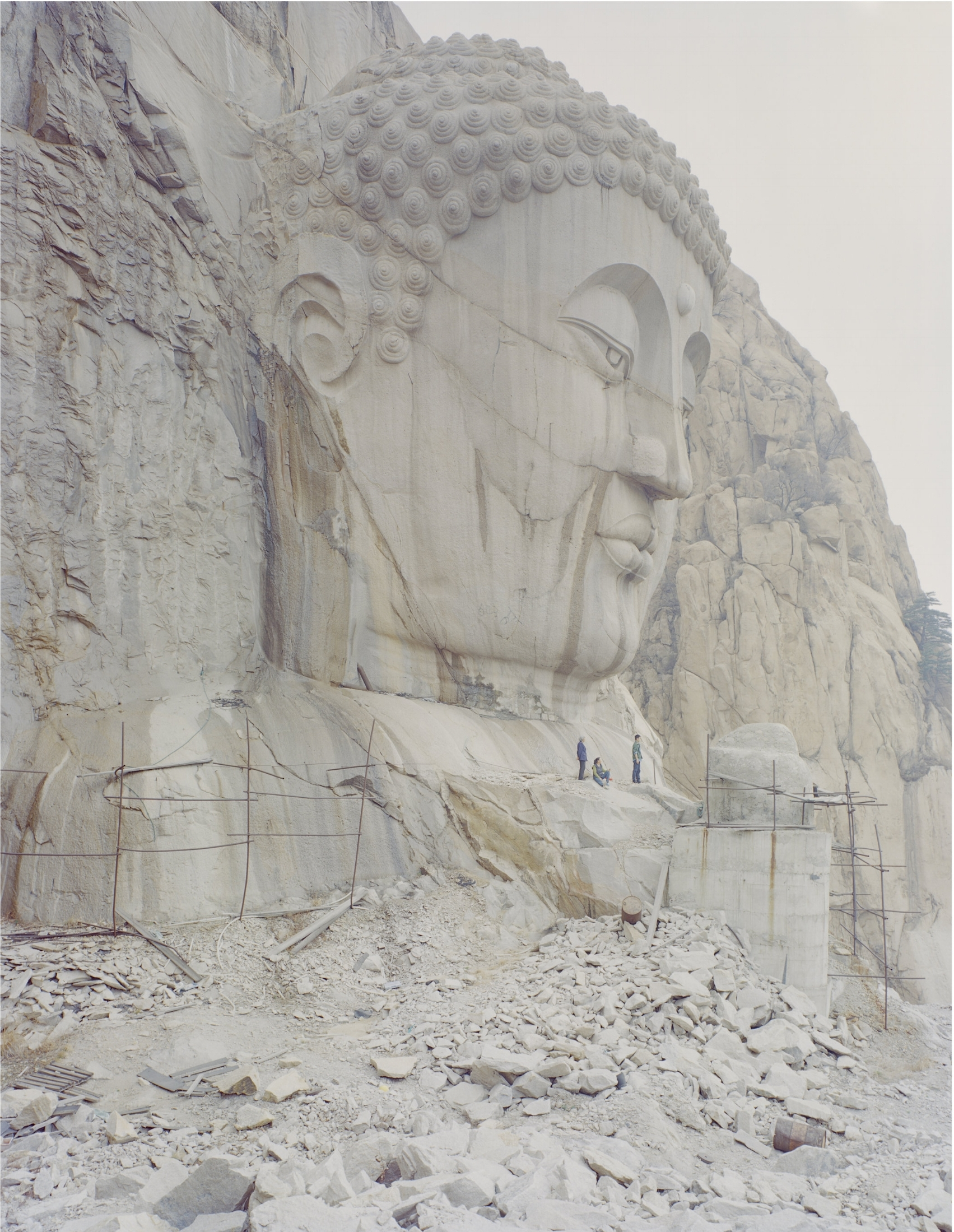 A Buddha Head in the Mountain, 96 x 12  0 cm / 108   x 134   cm / 135   x 167   cm