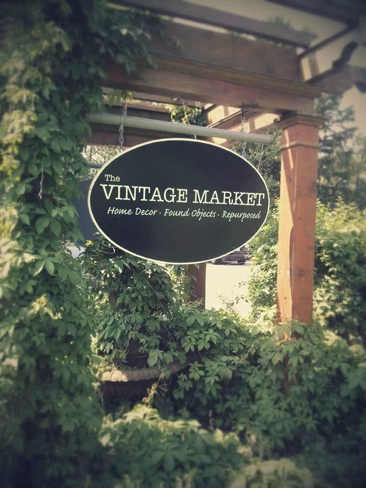 vintage market sign.jpg