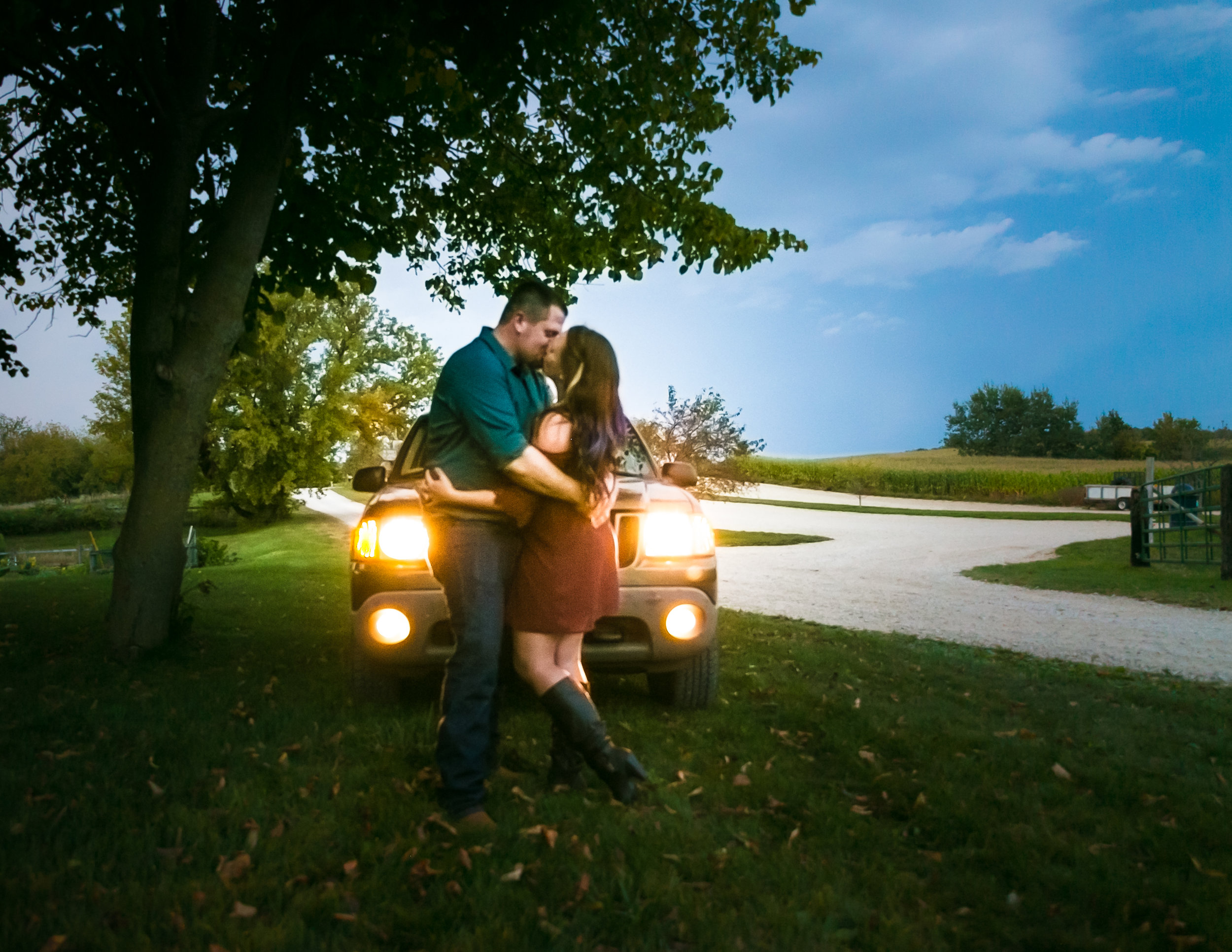 JUST US TWO! - TIFFANY BLUE PHOTOGRAPHYCOUPLES + ENGAGEMENT PRICE GUIDE