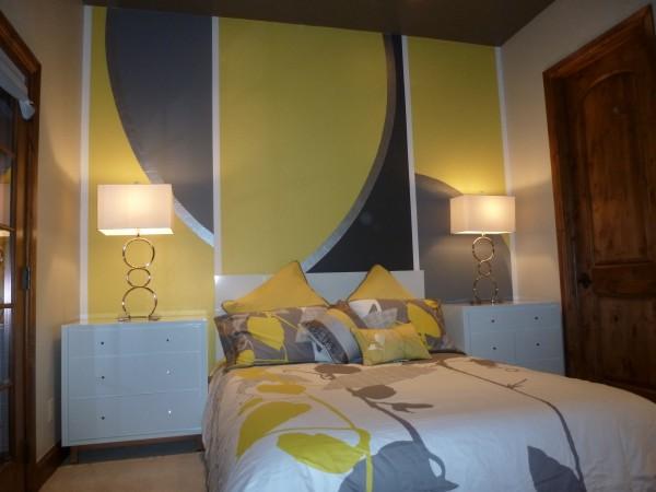 bedroom photo resized.jpg