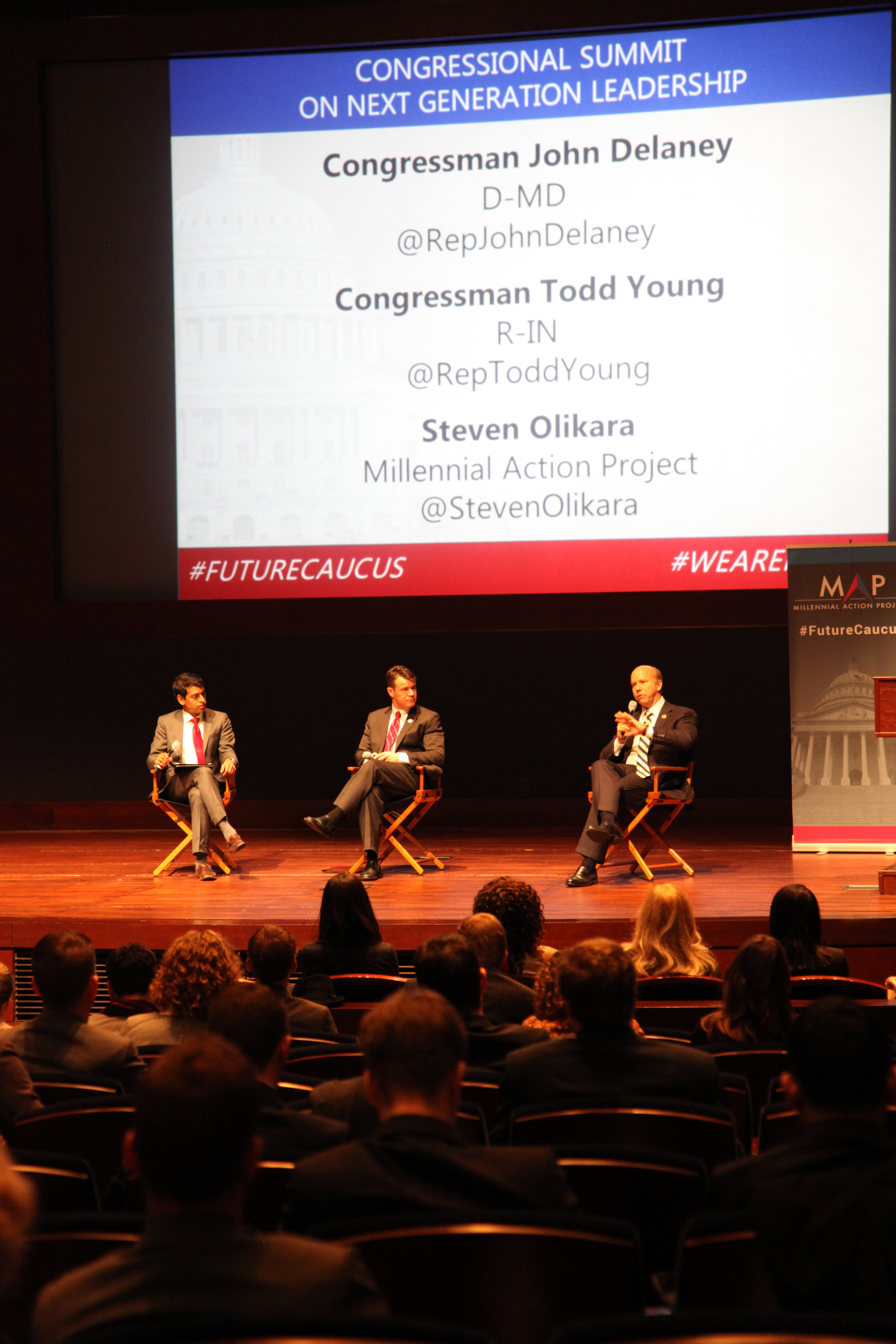 Reps. Young and Delaney at the 2014 Congressional Summit on Next Generation Leadership.