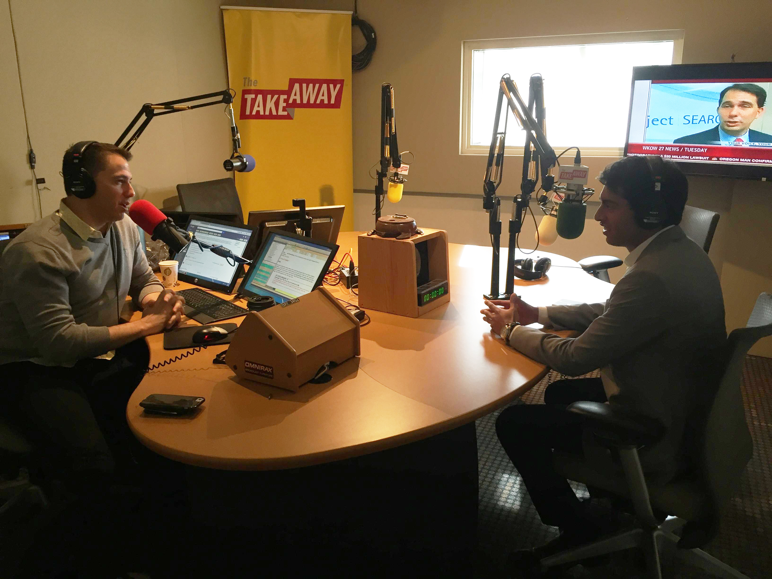 From left to right: WNYC's Todd Zwillich chats with MAP President & Co-Founder Steven Olikara about millennials in politics. © Millennial Action Project