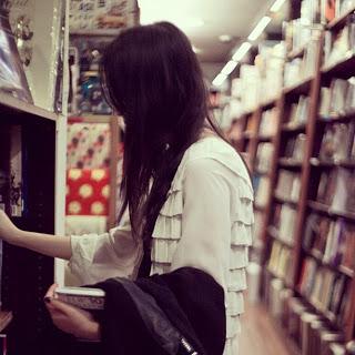 Exploring bookshops after dinner