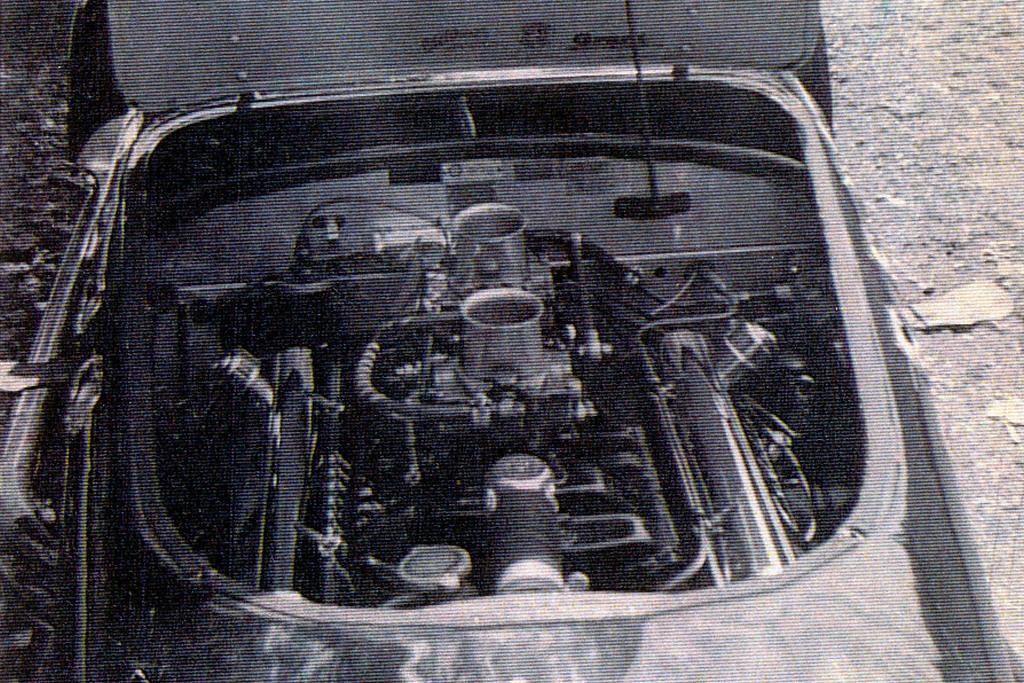 J2-1851_55_Engine.jpg