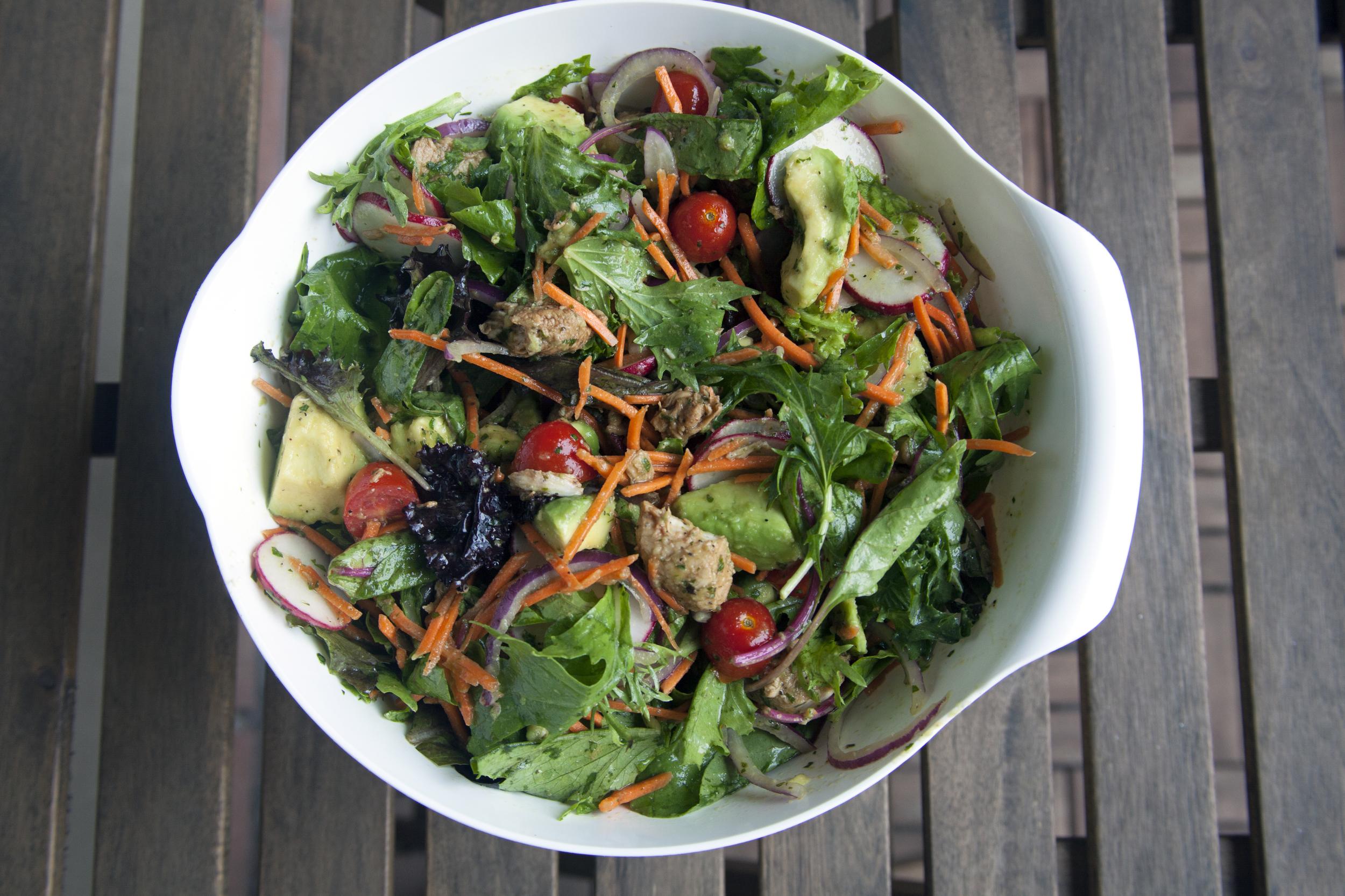 BBQ Chicken & Avocado Summer Salad