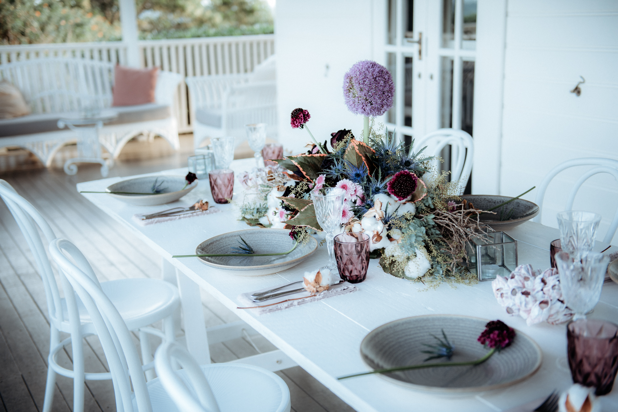 Florals - Victoria's Fitzgibbons   Photos - Captured by Inga