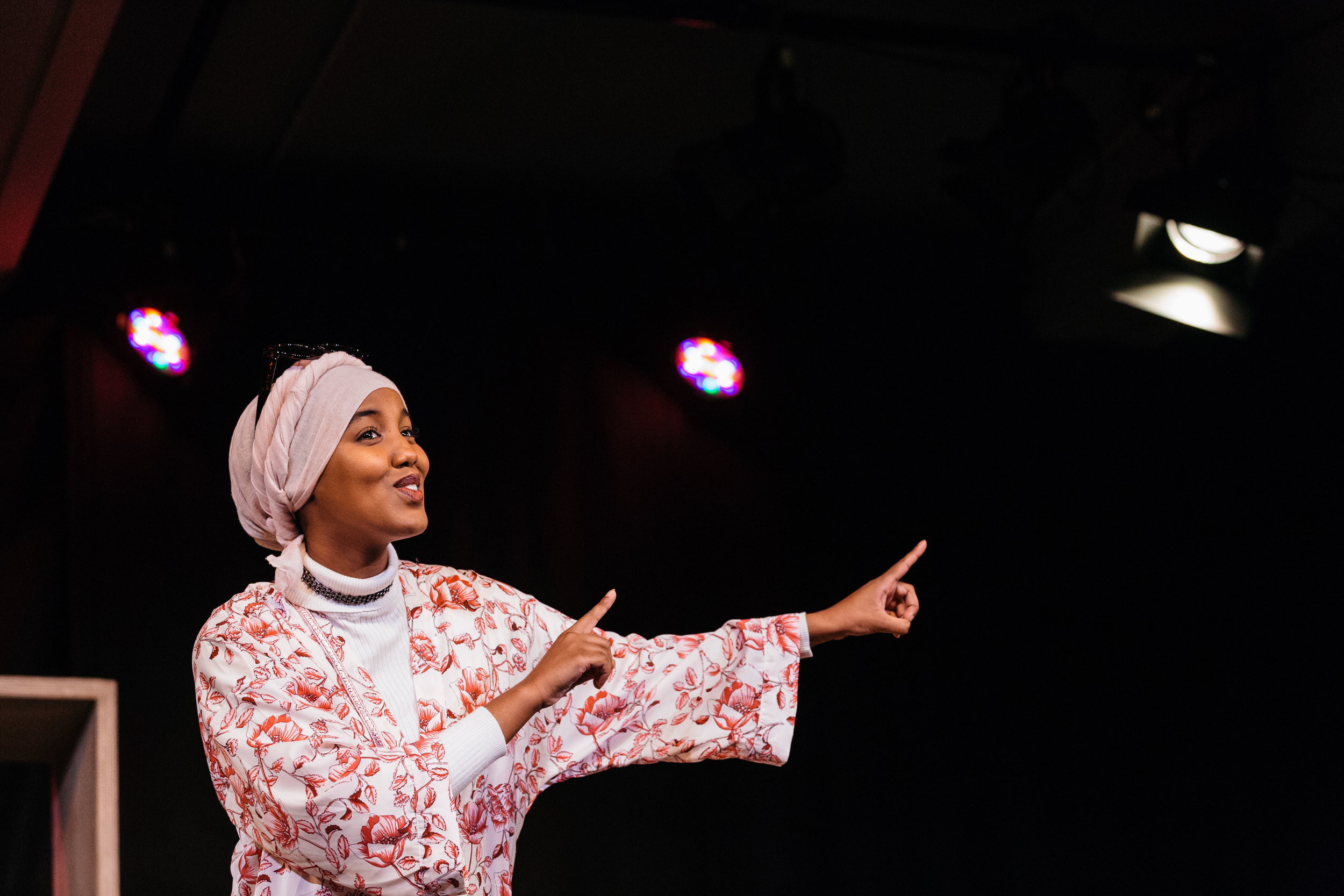Hibo Muse in Hijabi Monologues London directed by Milli Bhatia-640 ©helenmurray.jpg
