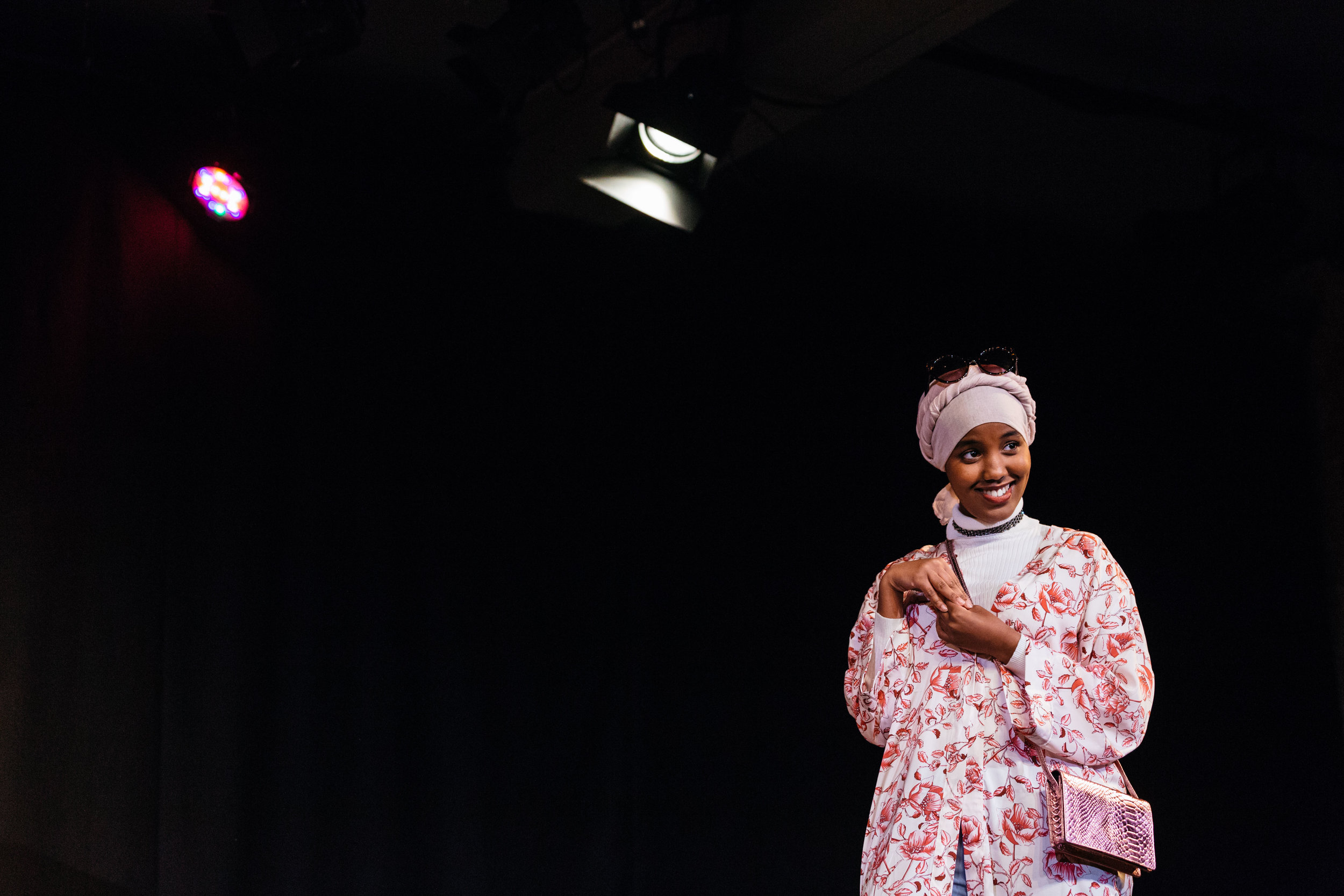 Hibo Muse in Hijabi Monologues London directed by Milli Bhatia-622 ©helenmurray.jpg