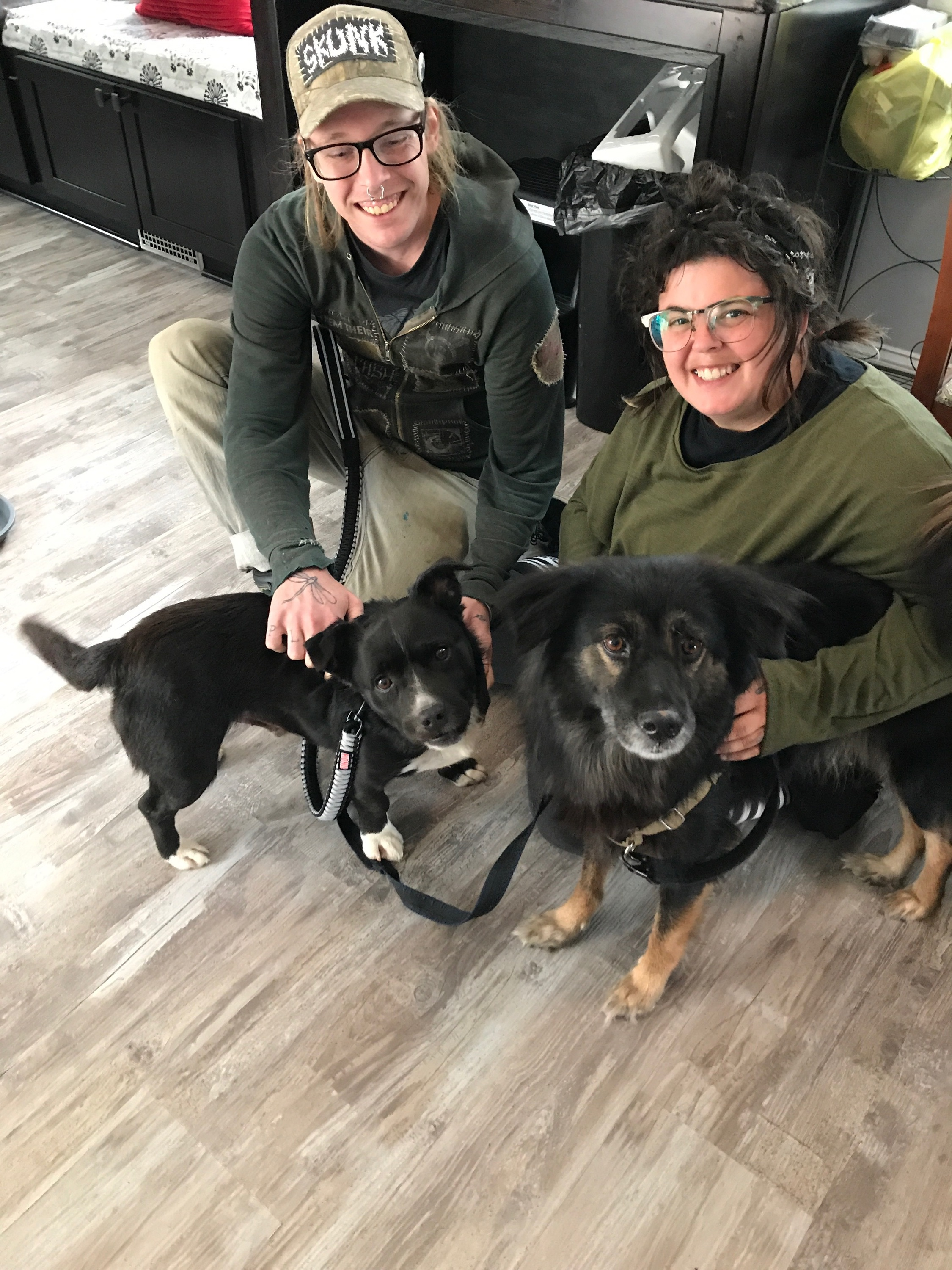 Ace with previous PZR dog, Jane, and their mom, Amy! <3