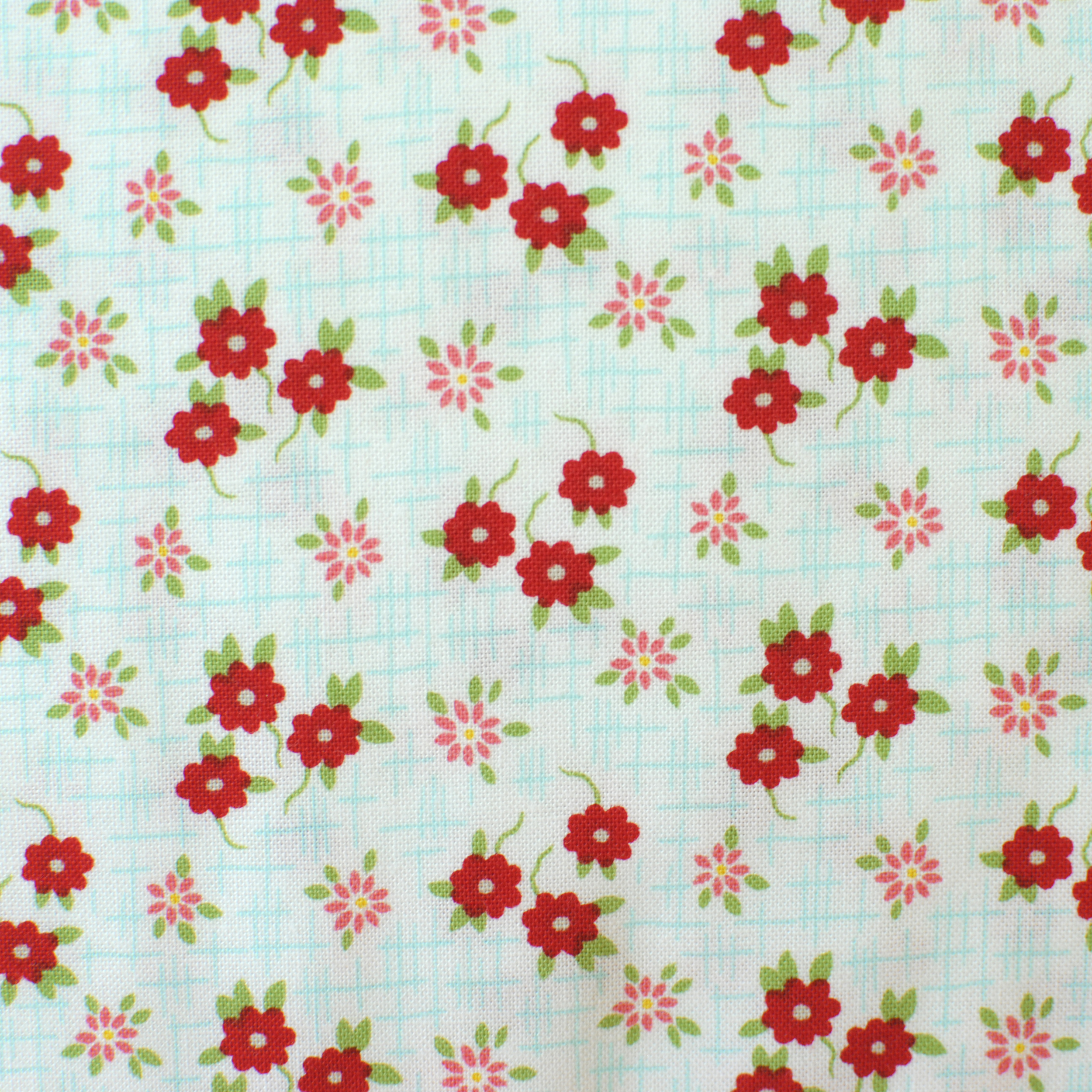 Small Red Flowers MO-12A