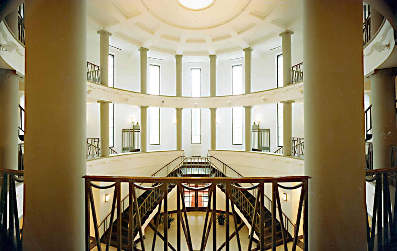 libstair1.jpg