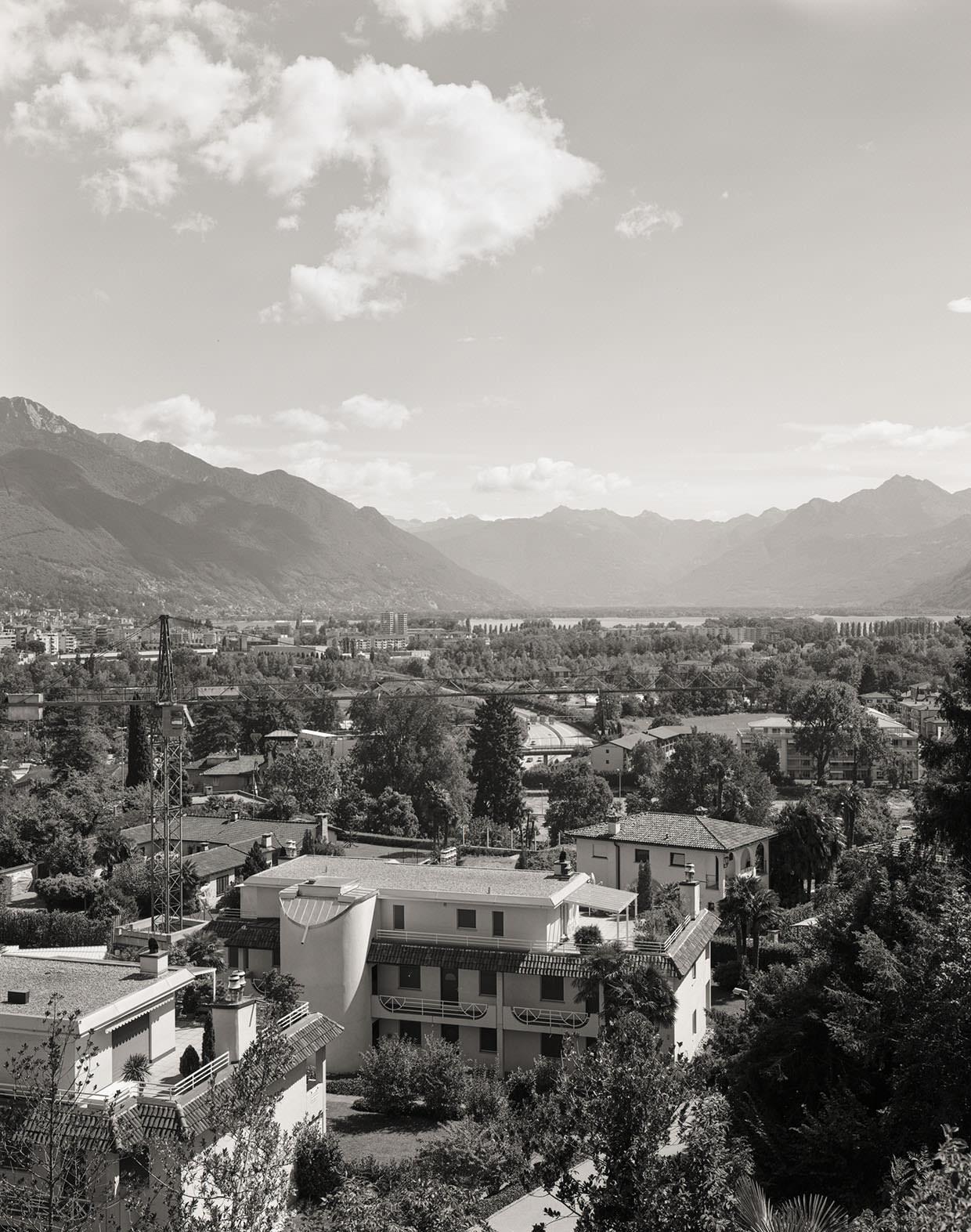 Panorama von Locarno, von Muralto aus aufgenommen auf dem Gelände der Klinik S. Agnese, 2005, Fotograf: Dominique Uldry ©Dominique Uldry, Bern