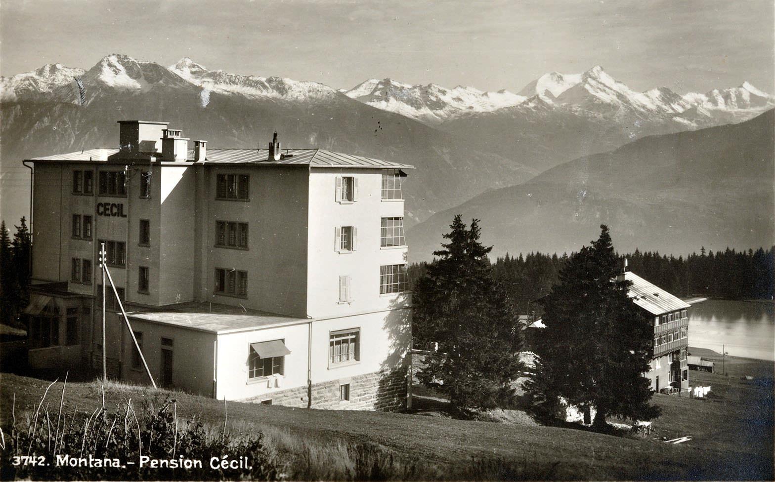 Abb. 6  Montana - Pension Cécil, c.a. 1936, Ansichtskarte , ungelaufen ©Zentrum Paul Klee, Bern, Schenkung Familie Klee Bildarchiv