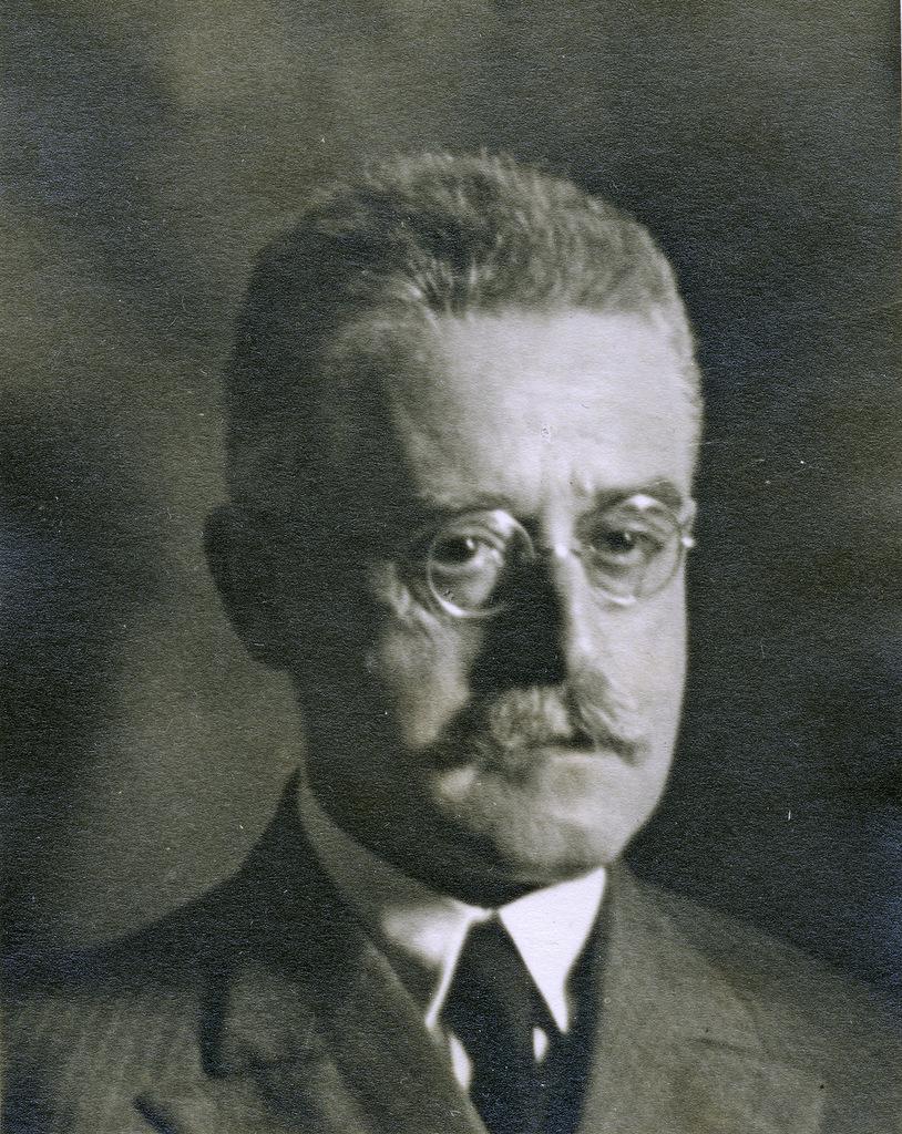 Abb. 4  Unbekannt, PD. Dr. Fritz Lotmar (1878-1964), »Nervenarzt« (Psychiater) und Neurologe, Fotografie, um 1935. © Familienarchiv Lotmar. Zürich.