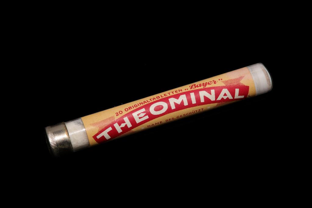 Abb.26B  Theominal-Tabletten Bayer, ca. 1930er Jahre.  © Privatbesitz, Küsnacht