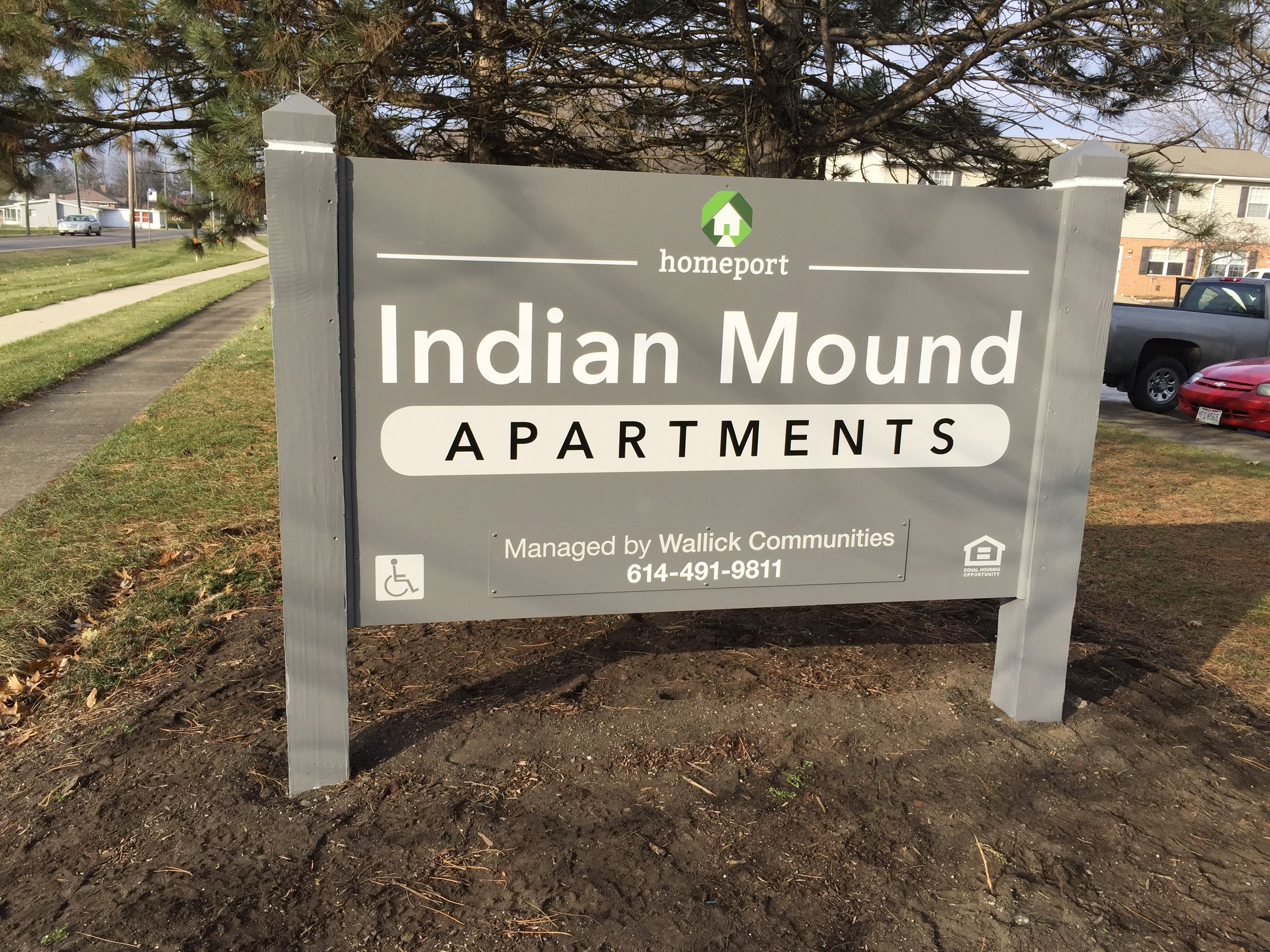 As part of Homeport's efforts to better service and connect with its residents, new signage was recently created at entry points to its residential communities including Indian Mound on the southwest side of Columbus. Also part of the signage initiative were the communities of Raspberry Glen, Marsh Run and Renaissance Village.