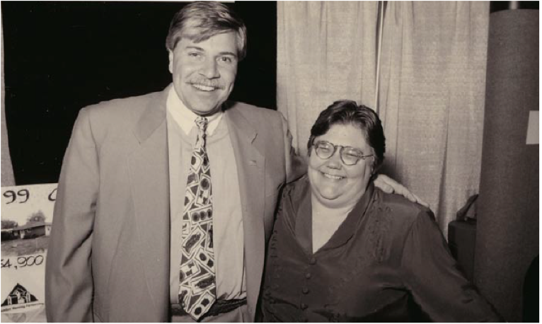 Columbus REALTORS President Pat Grabill and Homeport's First Executive Director, Beth Hughes, in 1992.