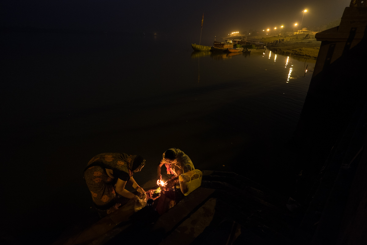 Varanasi Nights sin enfoque-4660.jpg