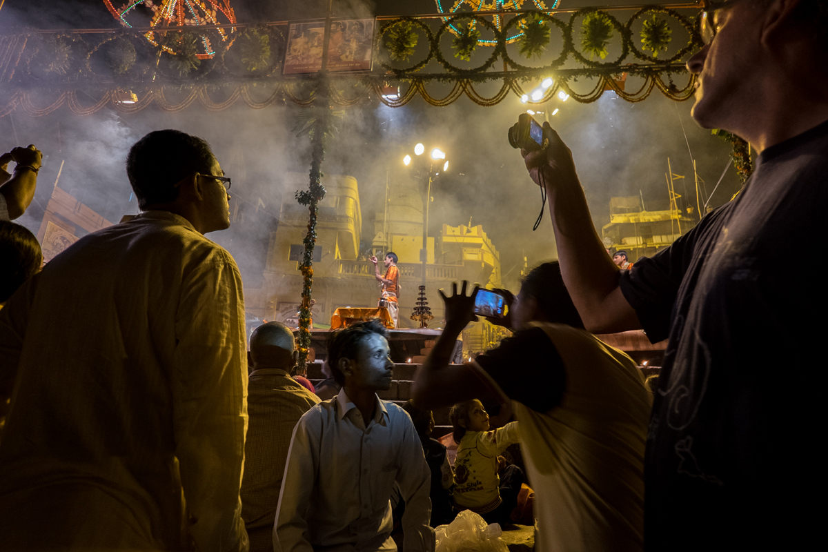 Varanasi-Nights-sin-enfoque-4430.jpg