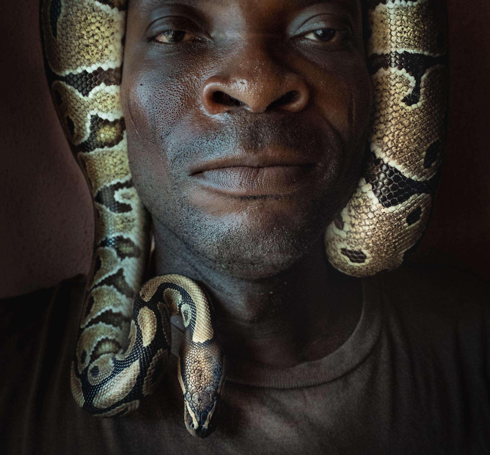 Benin_2000_Man w Snake Def.jpg