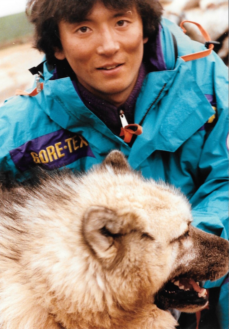 Keizo Funatsu and his favorite sled dog Monty. Photo: Jacqui Banasczynski