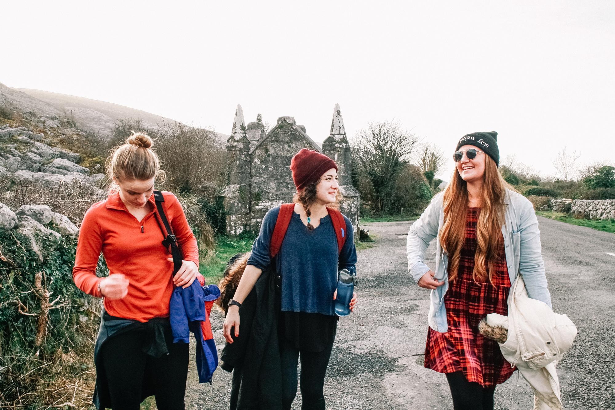 Hike to a Castle- Ballyvaughan, Ireland | Kenslie-28.jpg