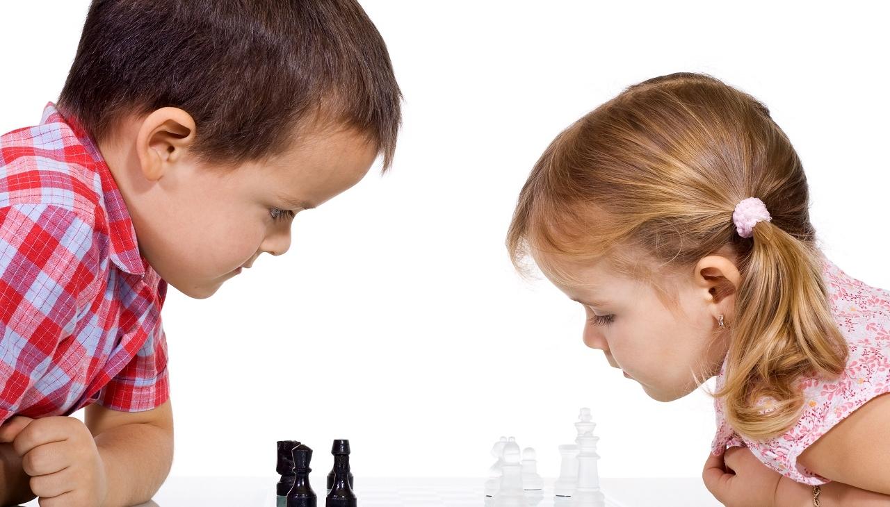 two kids chess_1280.jpg