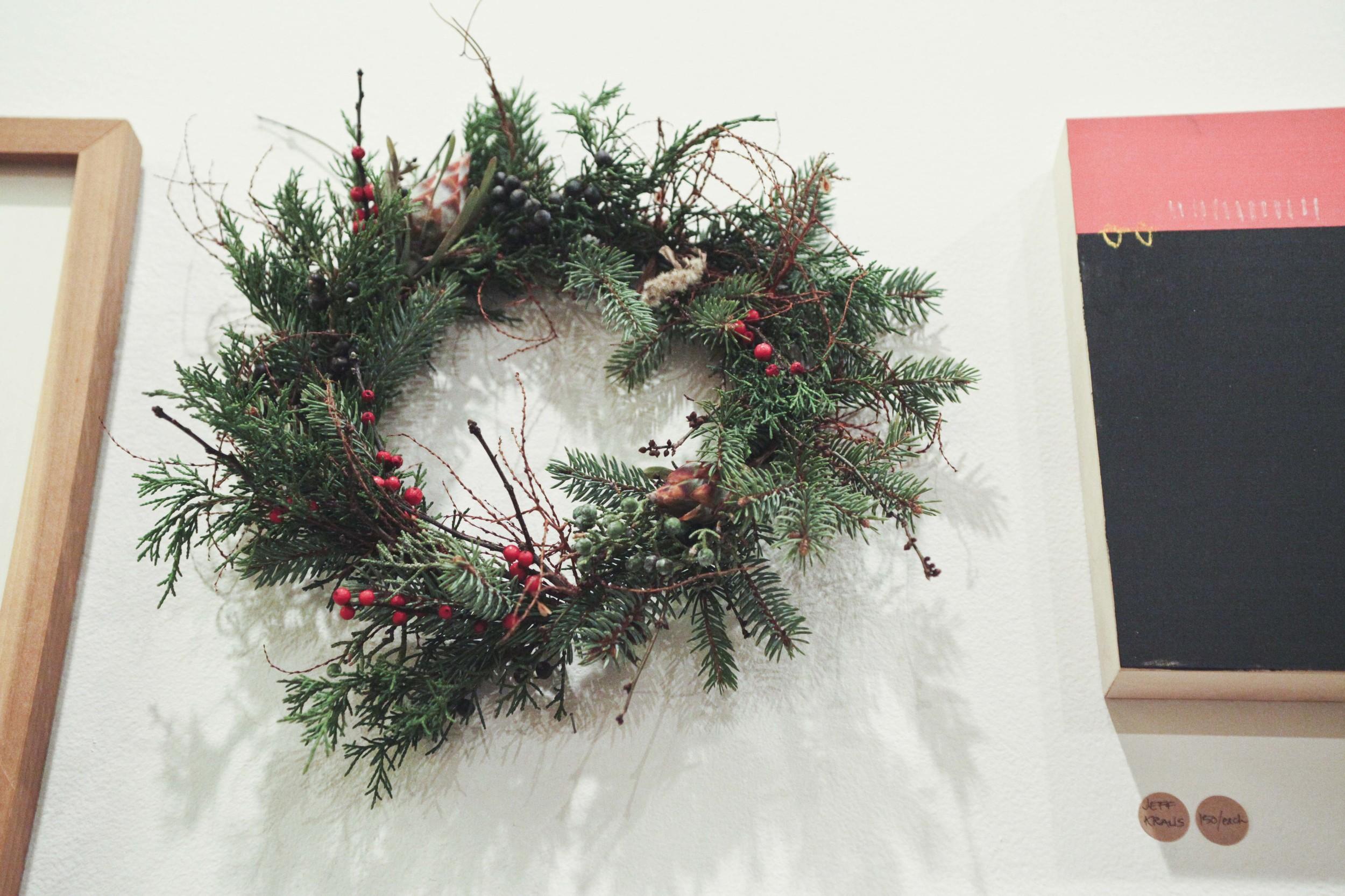 o-workshop-2014-wreath-wall_18.jpg