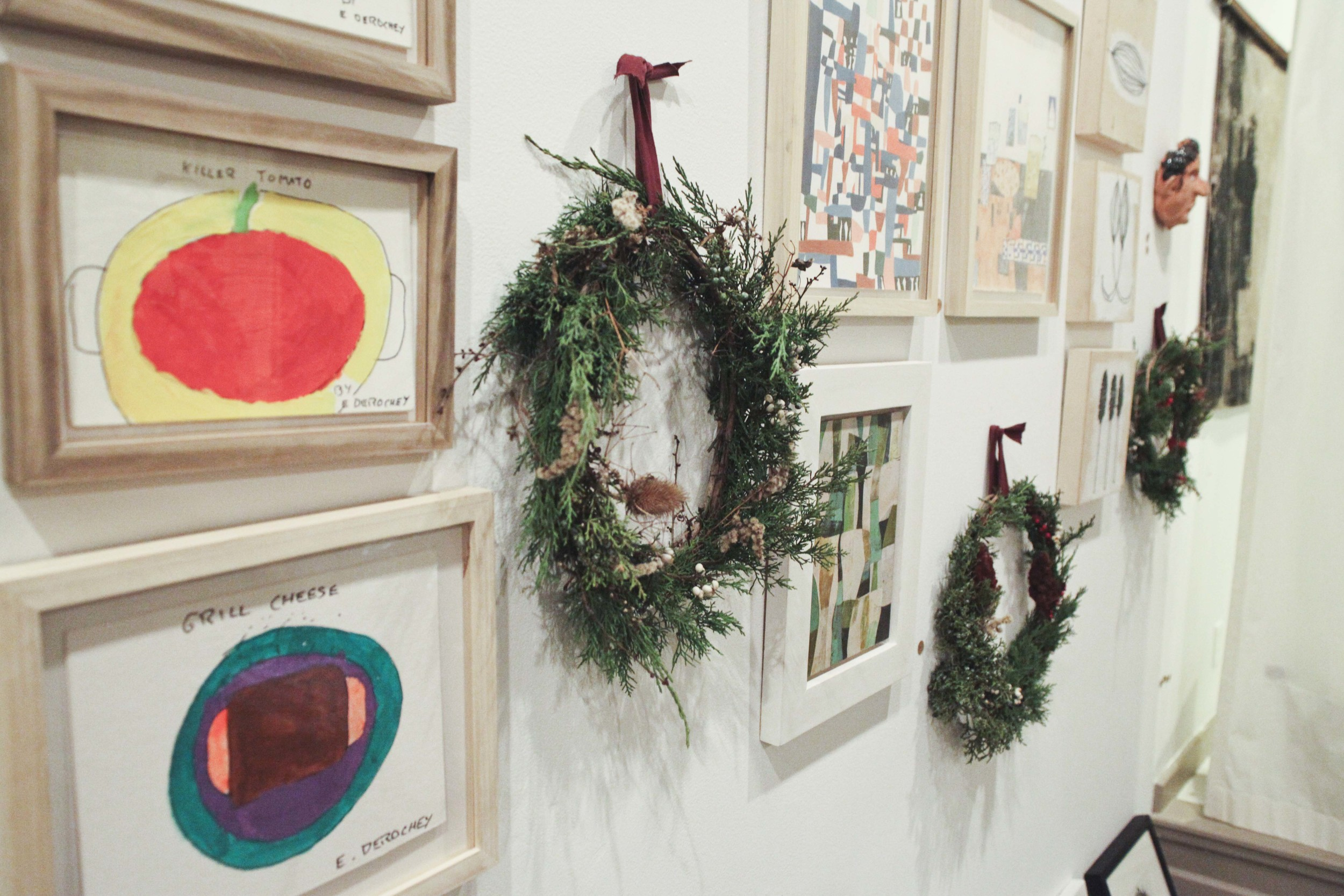 o-workshop-2014-wreath-wall_20.jpg