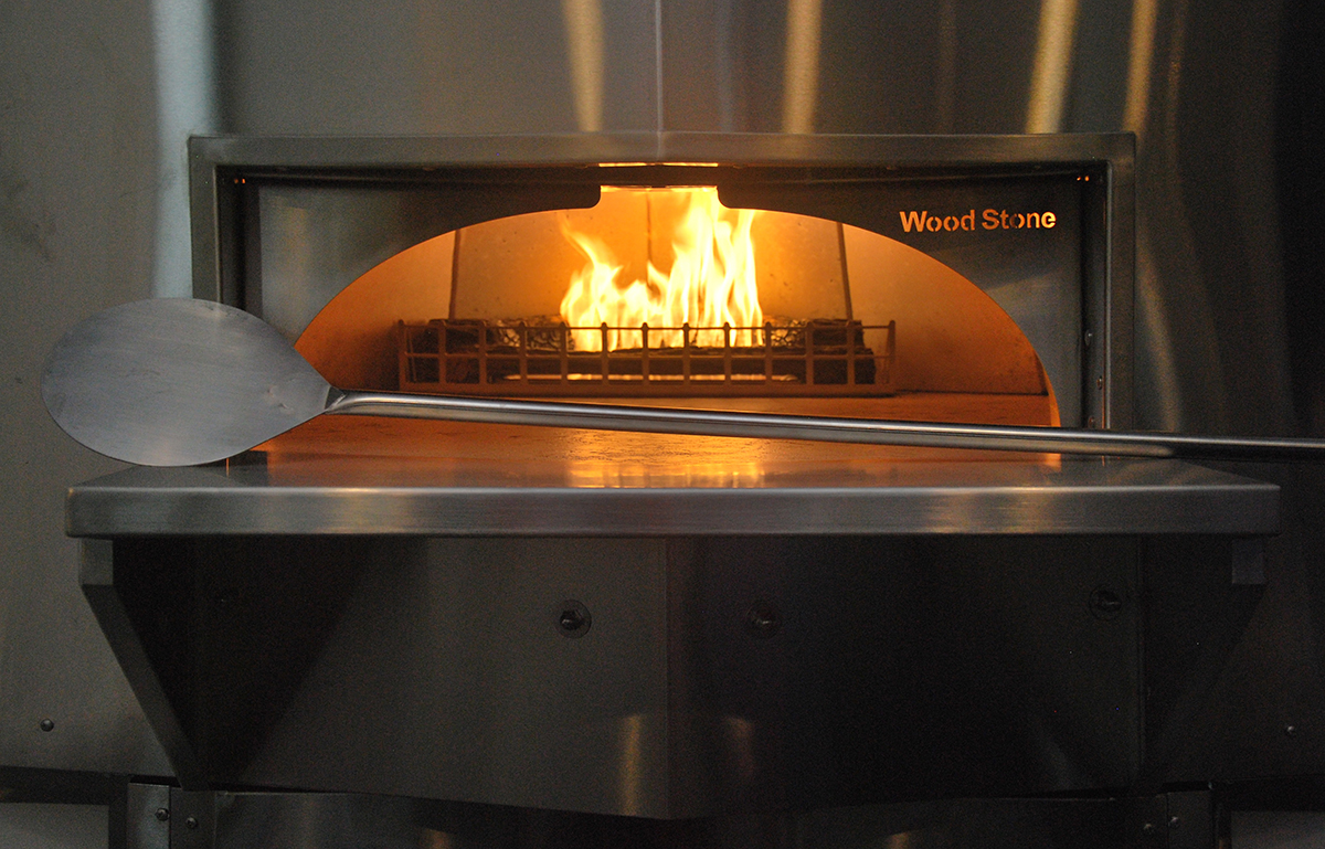magoos-pizza-oven.jpg