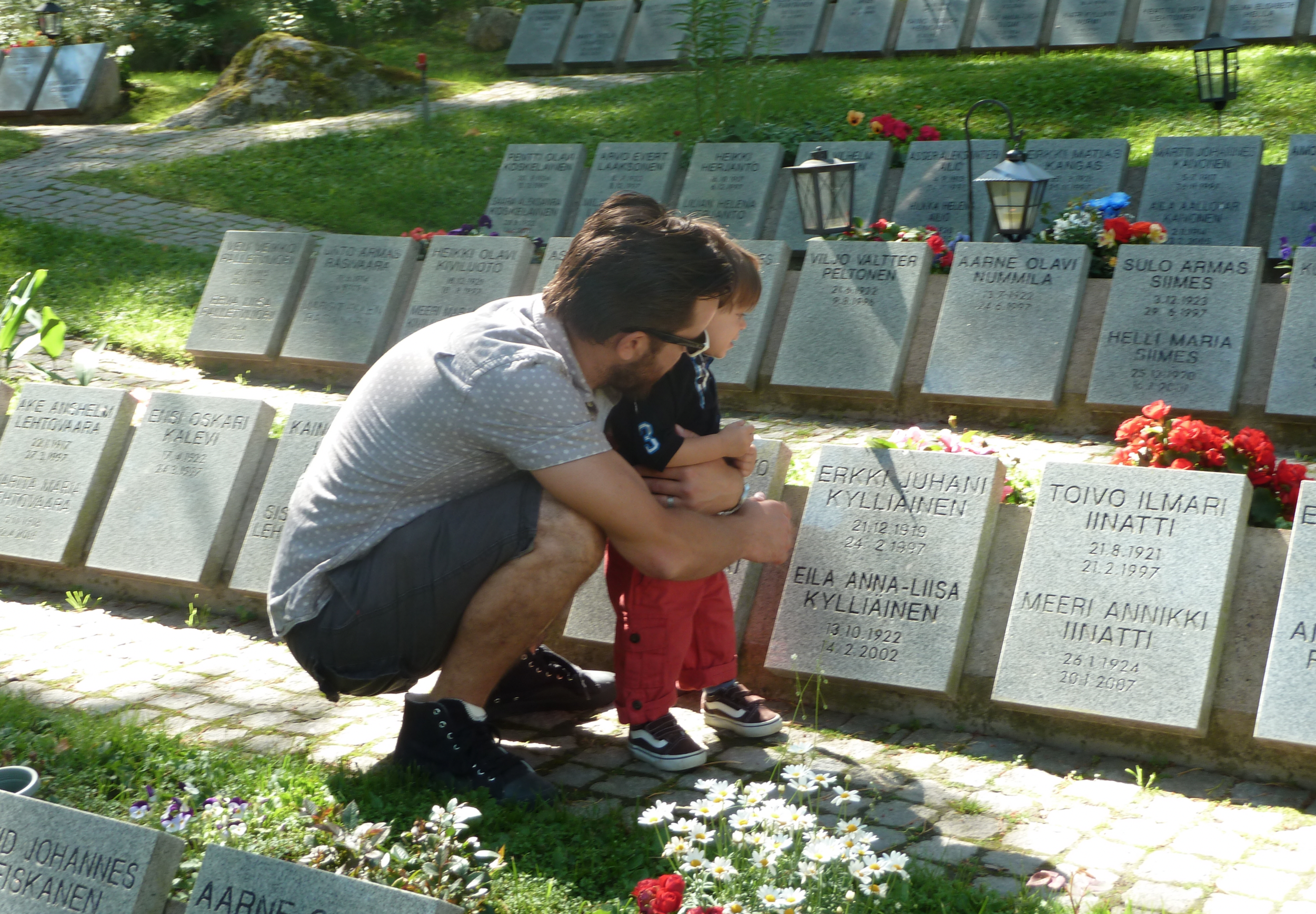 marko-aksel-cemetary.png