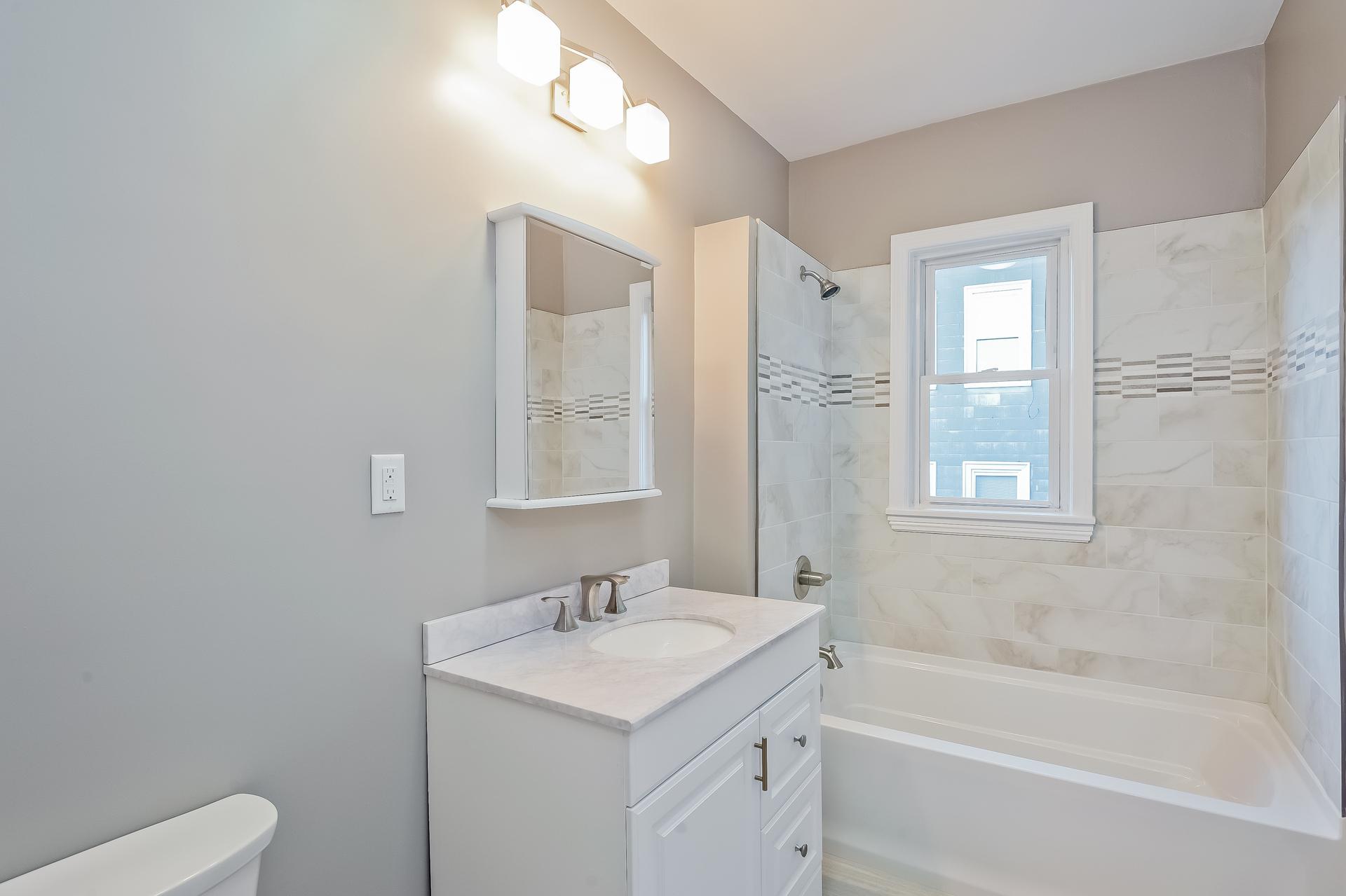 016-Bathroom-2172751-medium.jpg