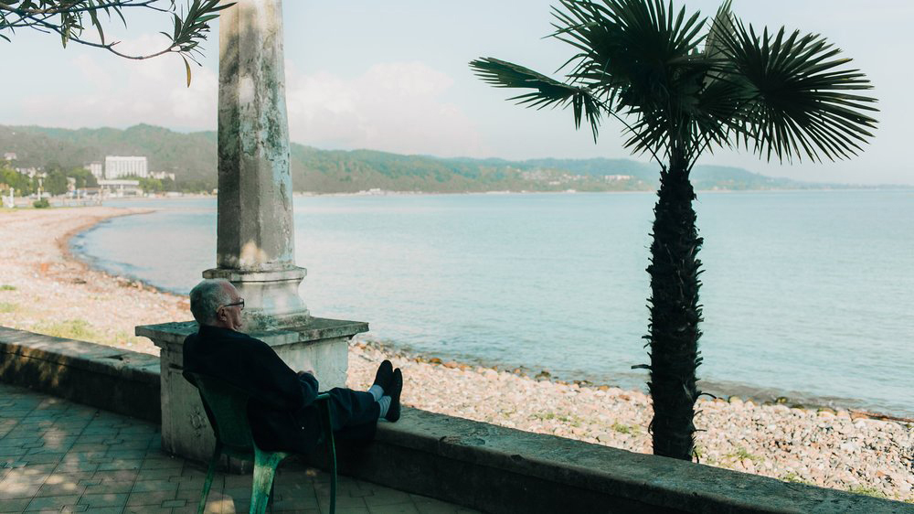 Six financial mistakes people make when retiring abroad - WSJ | December 2015
