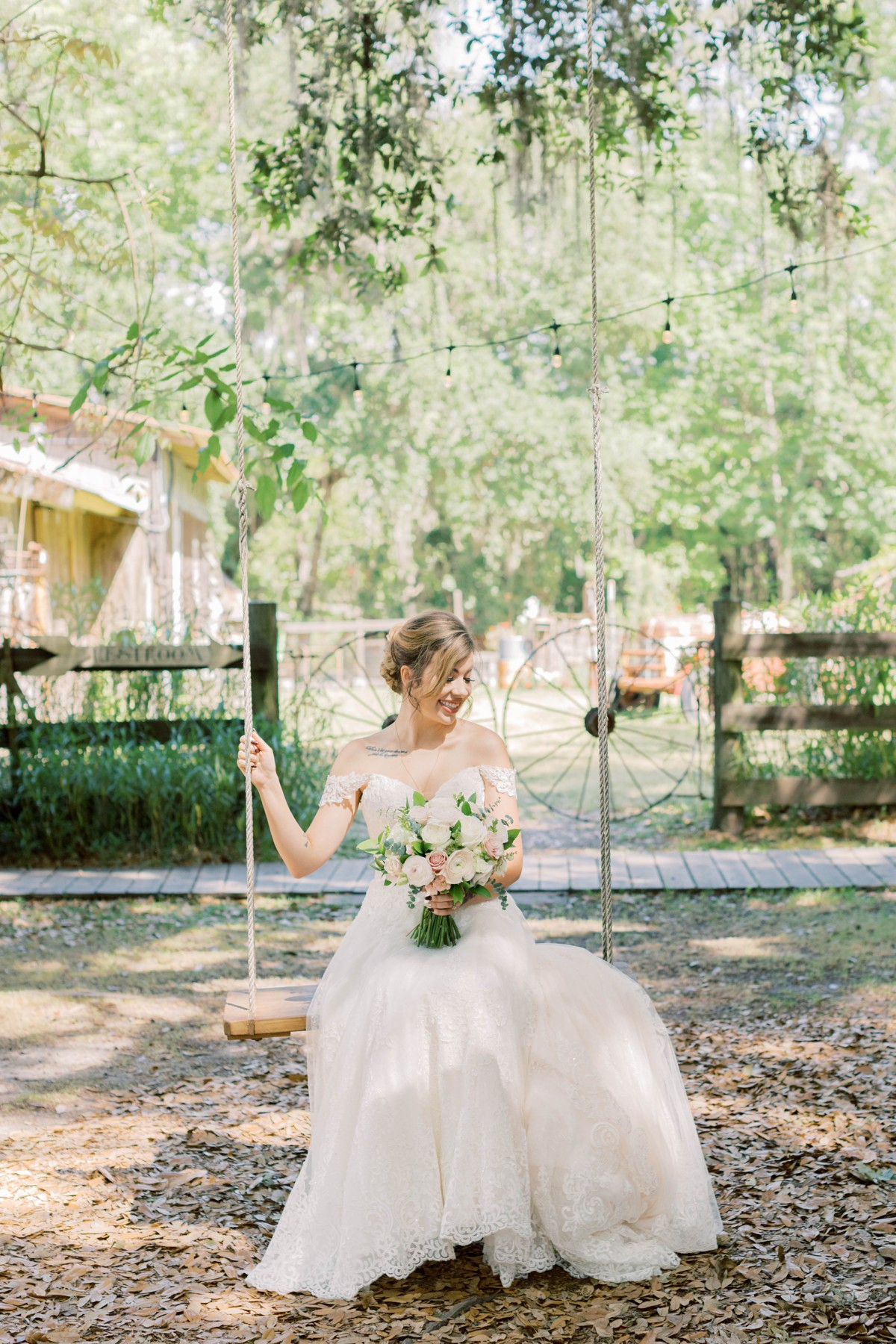 Bressler-Wedding-Preview-Tuckers-Farmhouse-Jacksonville-Wedding-Photographer-Chantell-Rae022.jpg