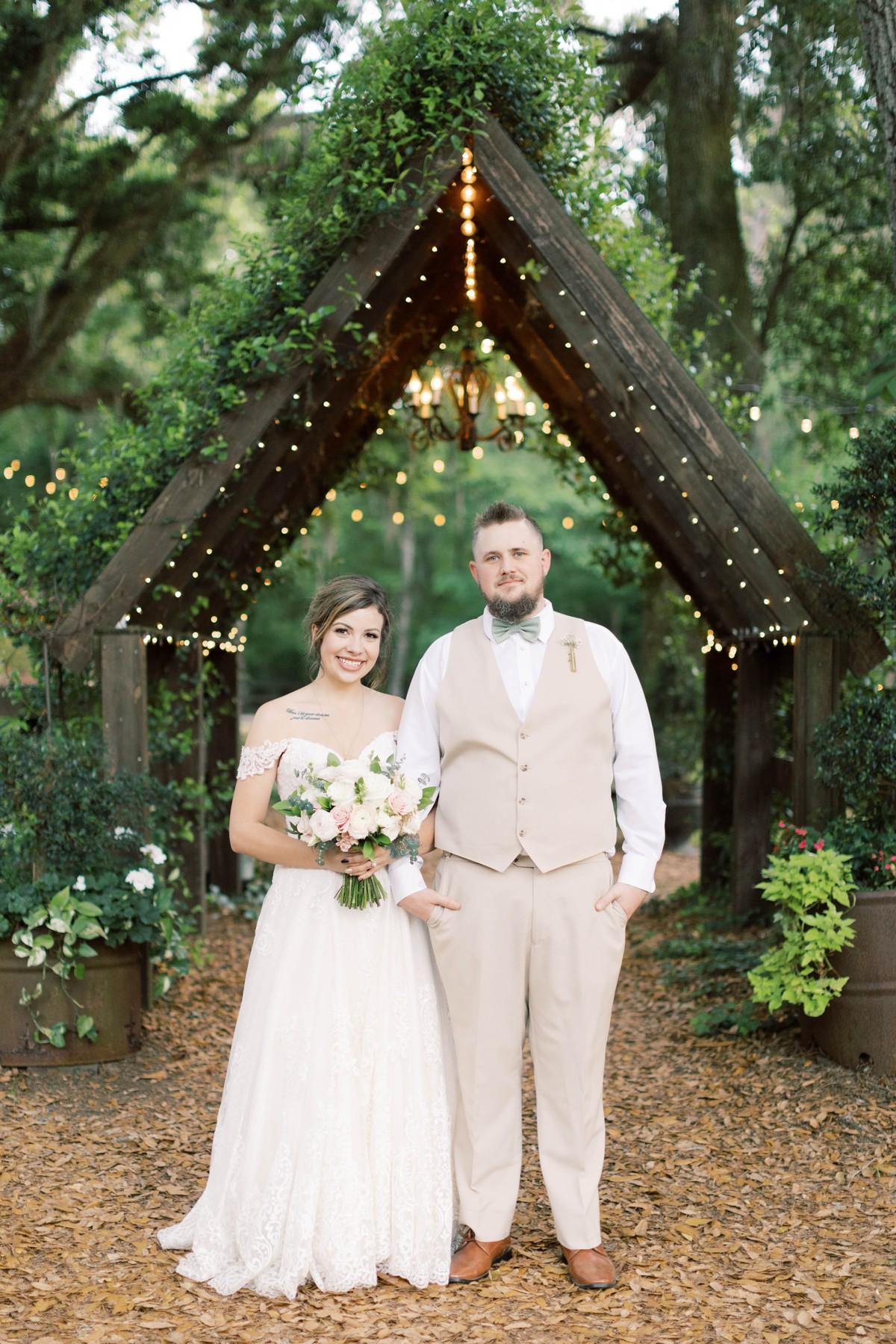 Bressler-Wedding-Preview-Tuckers-Farmhouse-Jacksonville-Wedding-Photographer-Chantell-Rae054.jpg